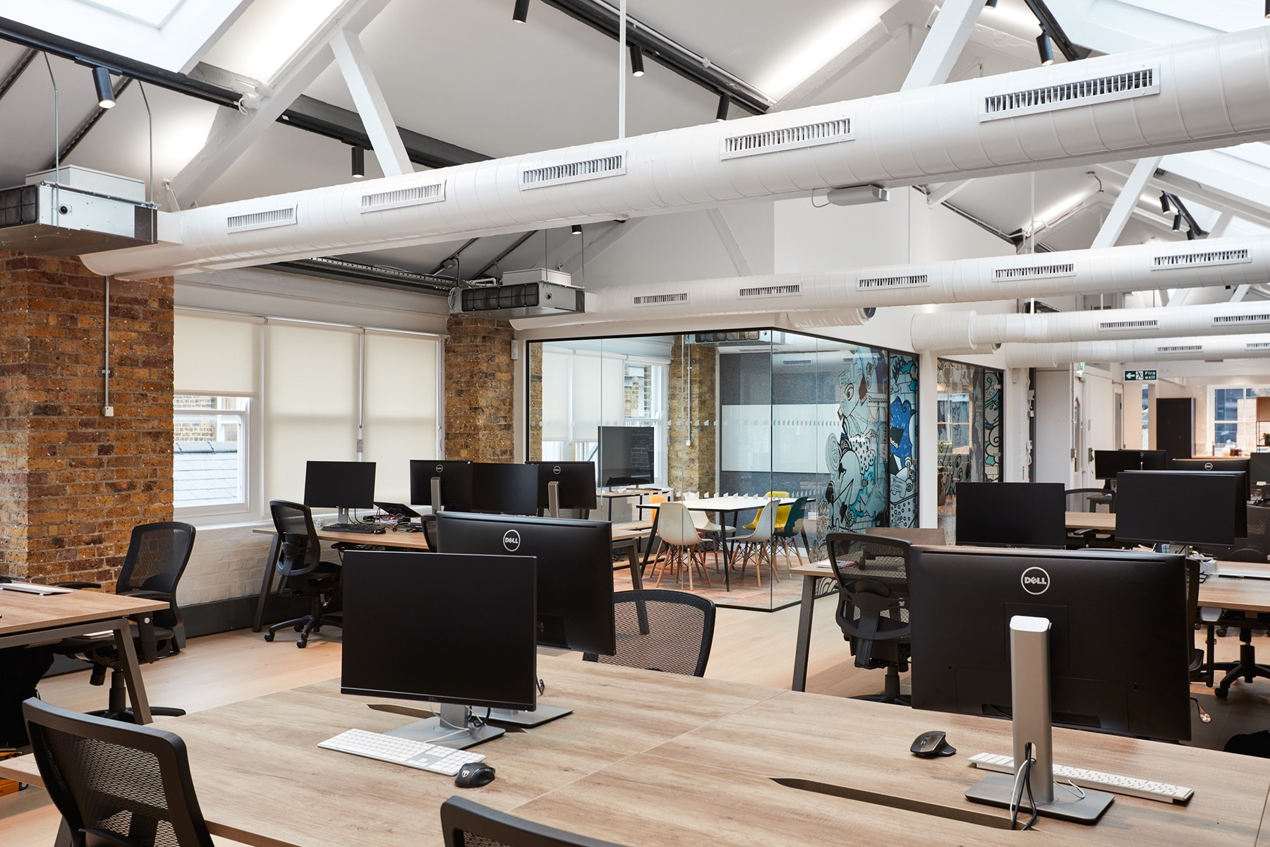 hutch-london-office-expansion-1