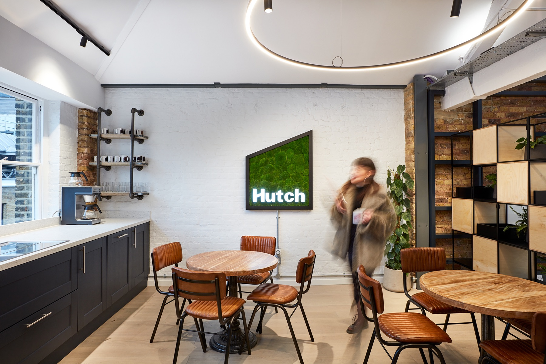 hutch-london-office-expansion-6