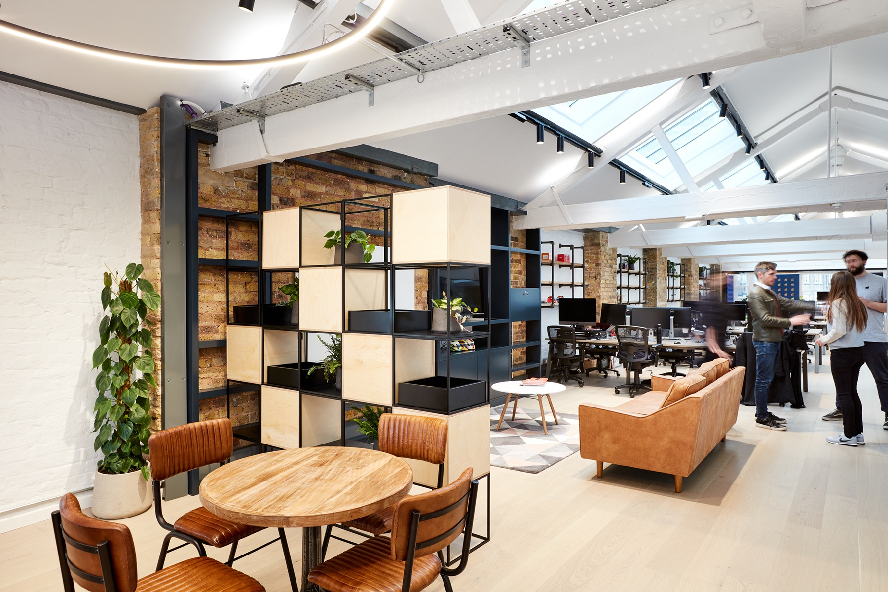 hutch-london-office-expansion-8