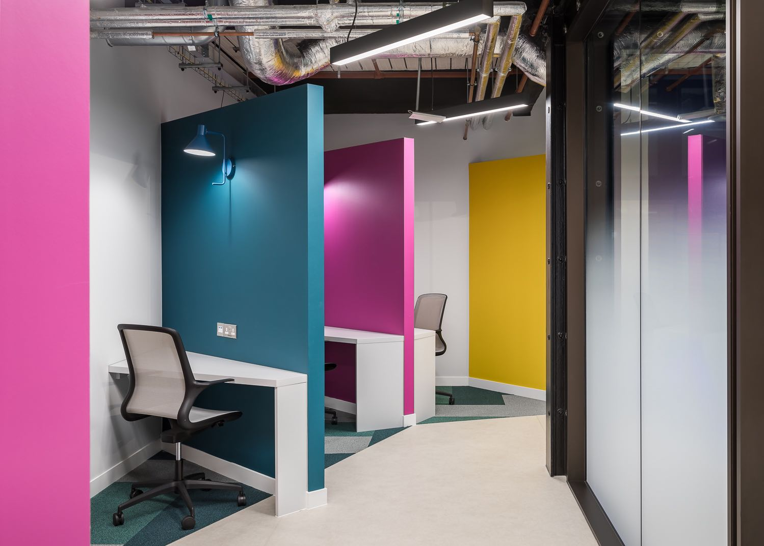 product-madness-london-office-11