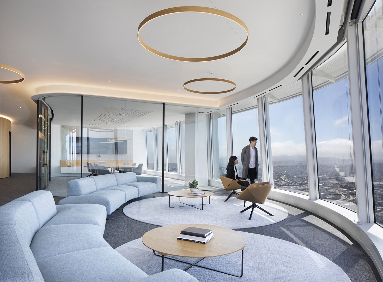 salesforce-tower-office-5