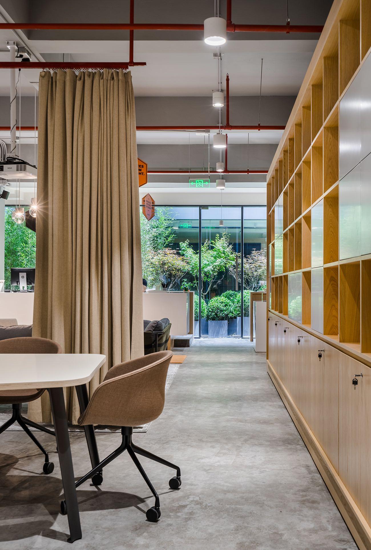 spaces-office-shanghai-6