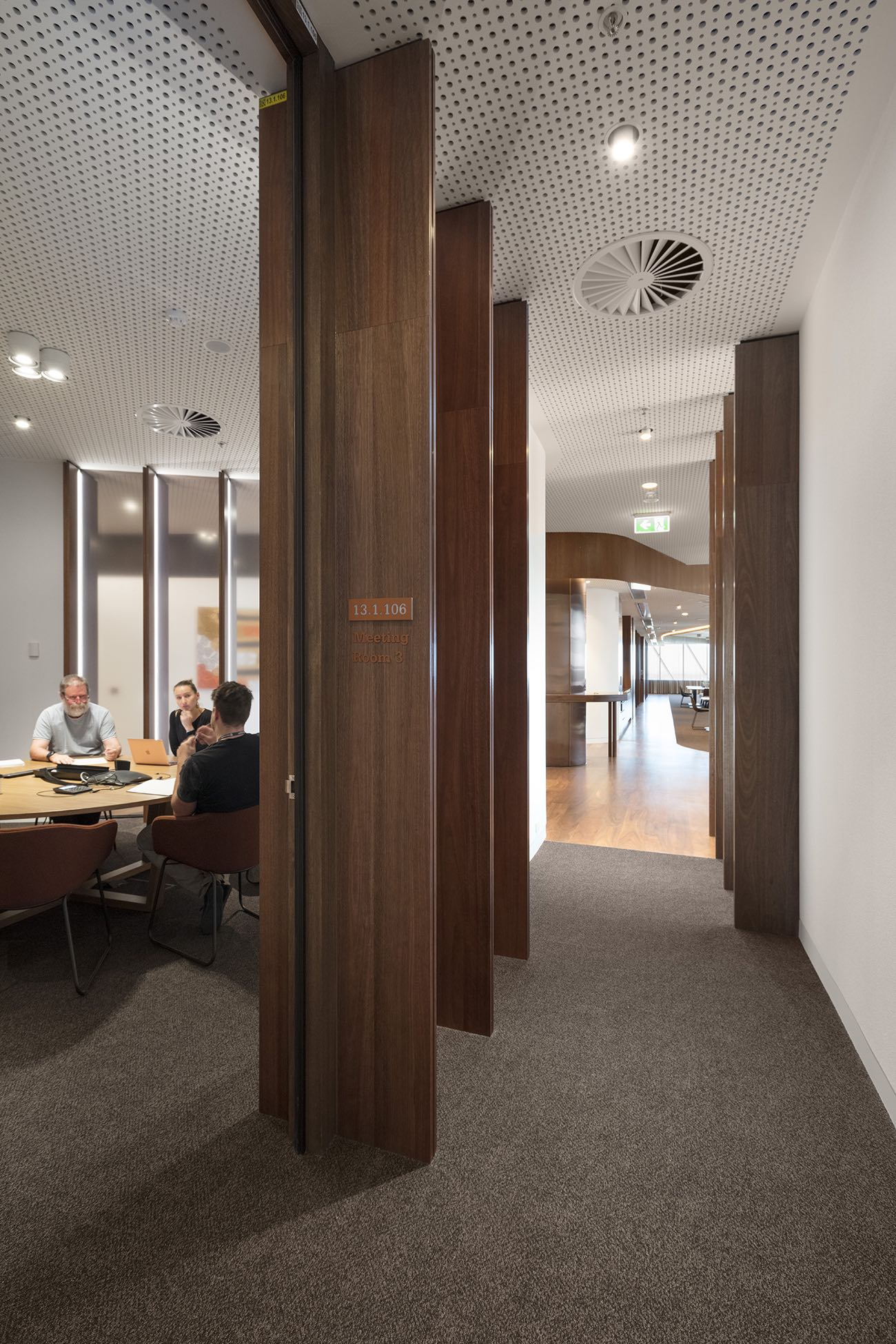 vcc-level-office-melbourne-10