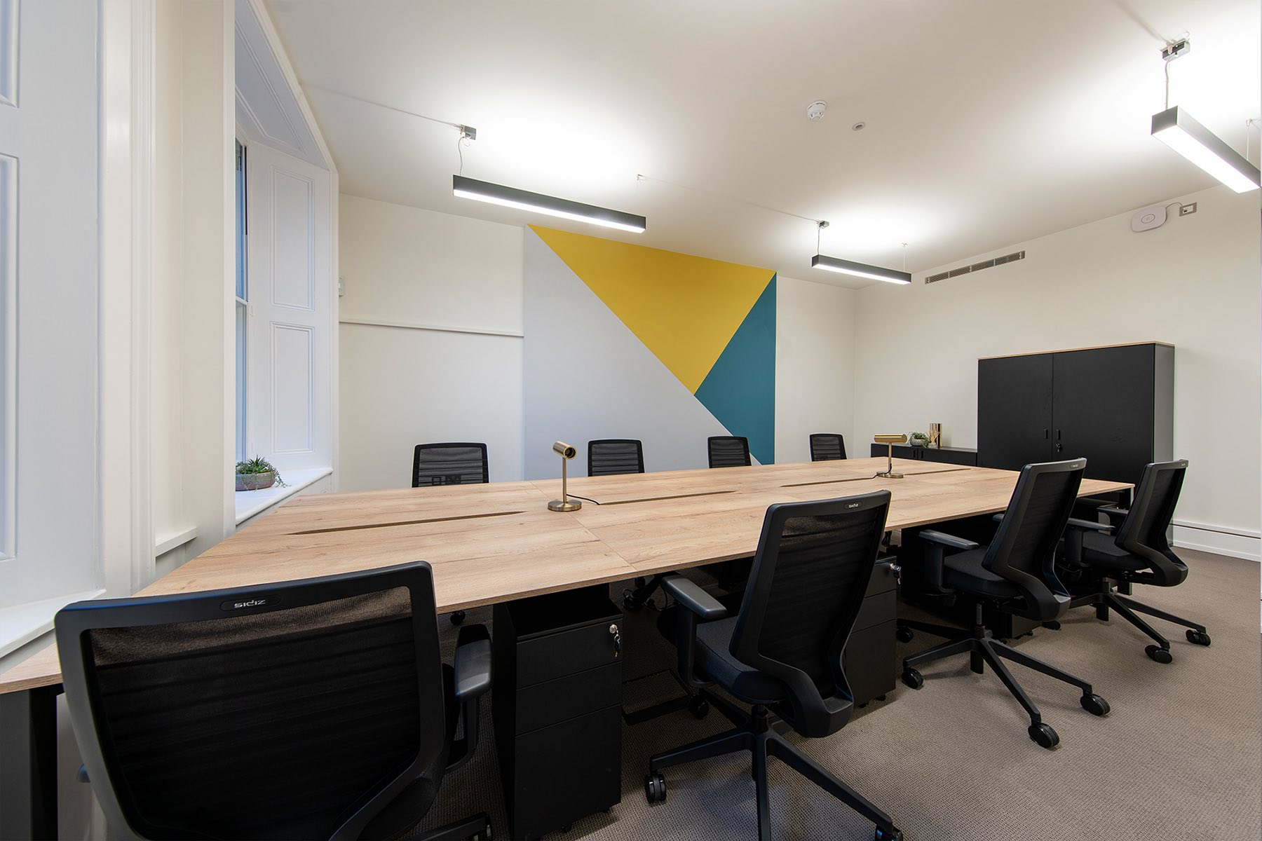 grosvenor-gardens-london-office-7