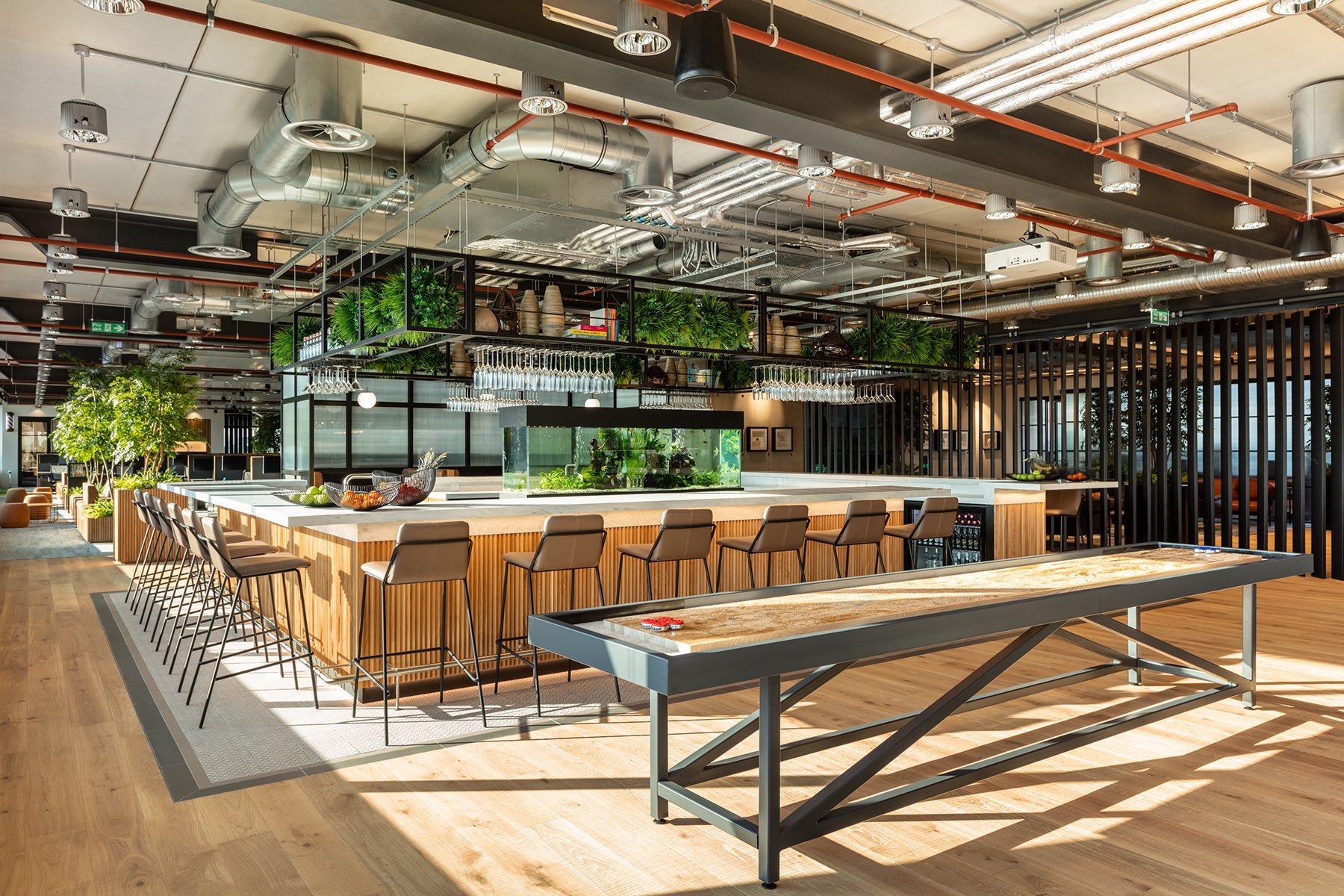 alpha-fx-london-office-1