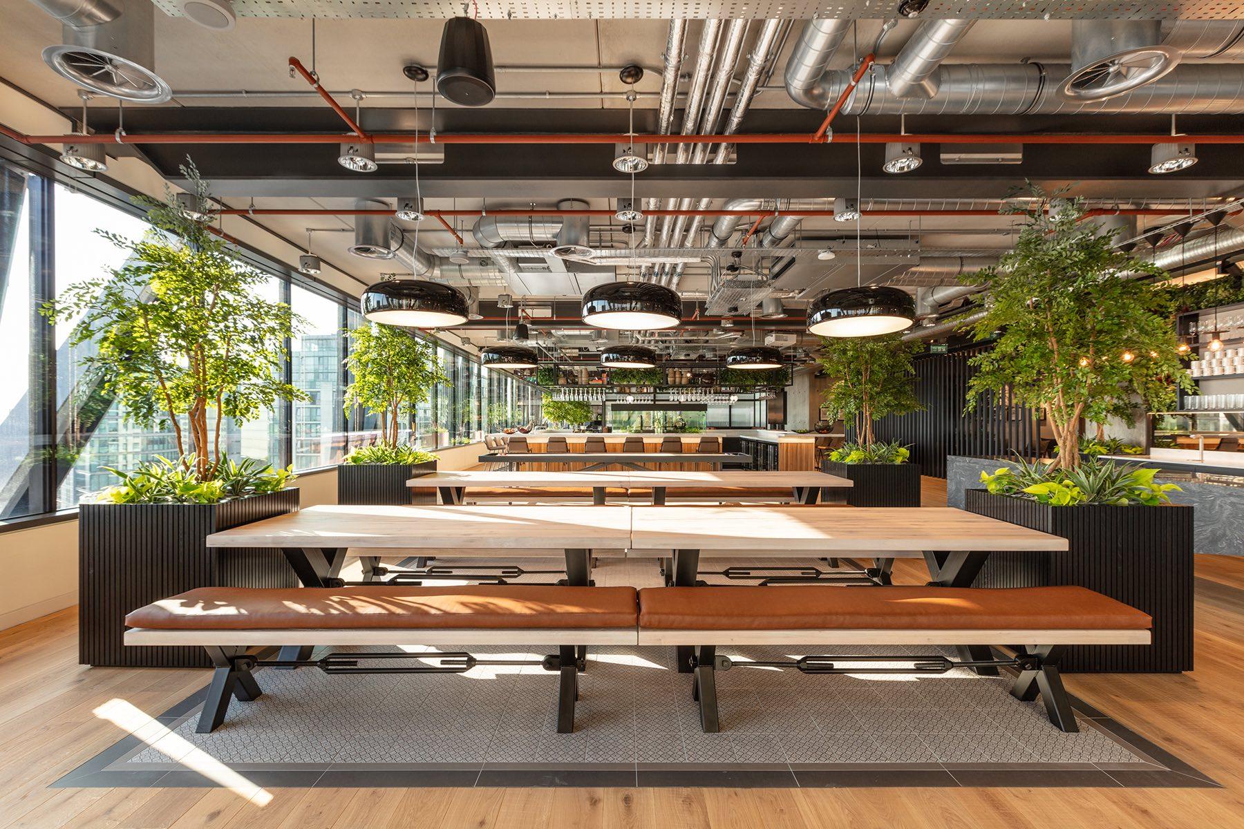 alpha-fx-london-office-4