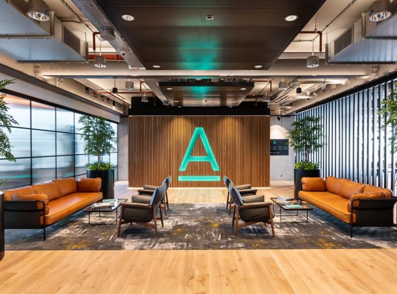 alpha-fx-london-office-6