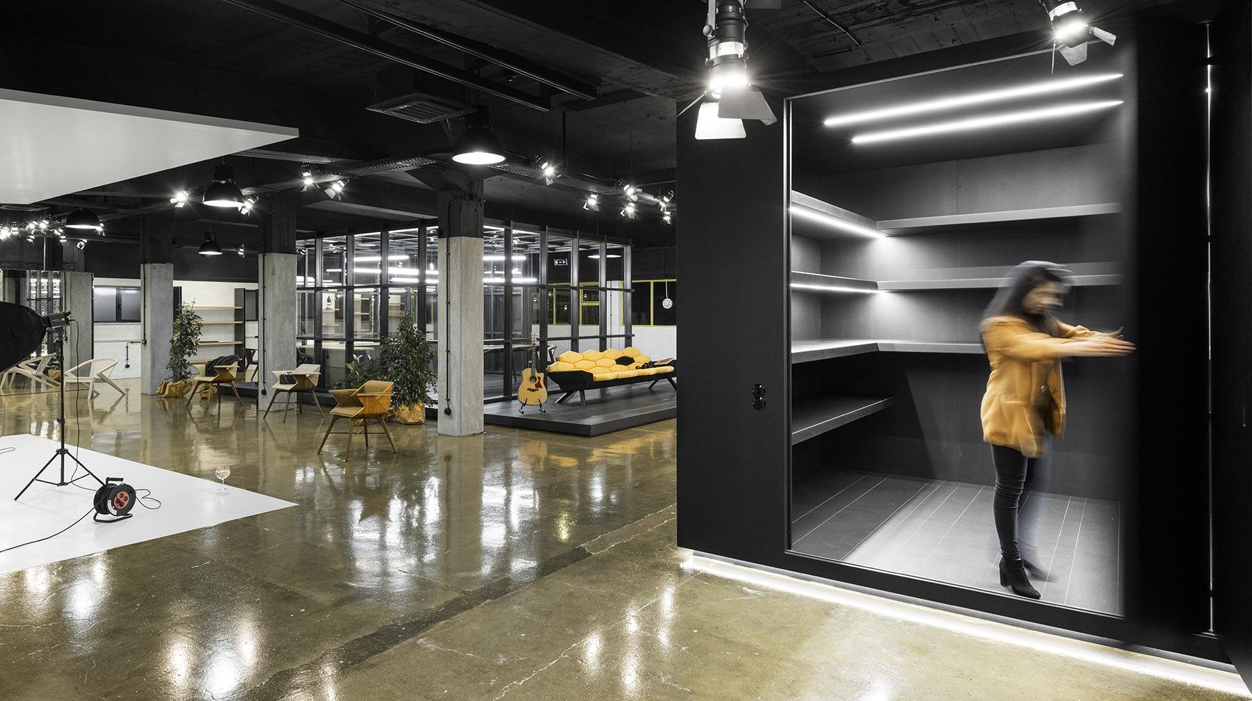 arts-studio-lisbon-office-12