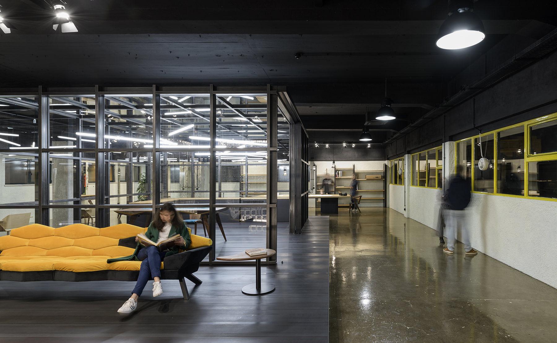 arts-studio-lisbon-office-2