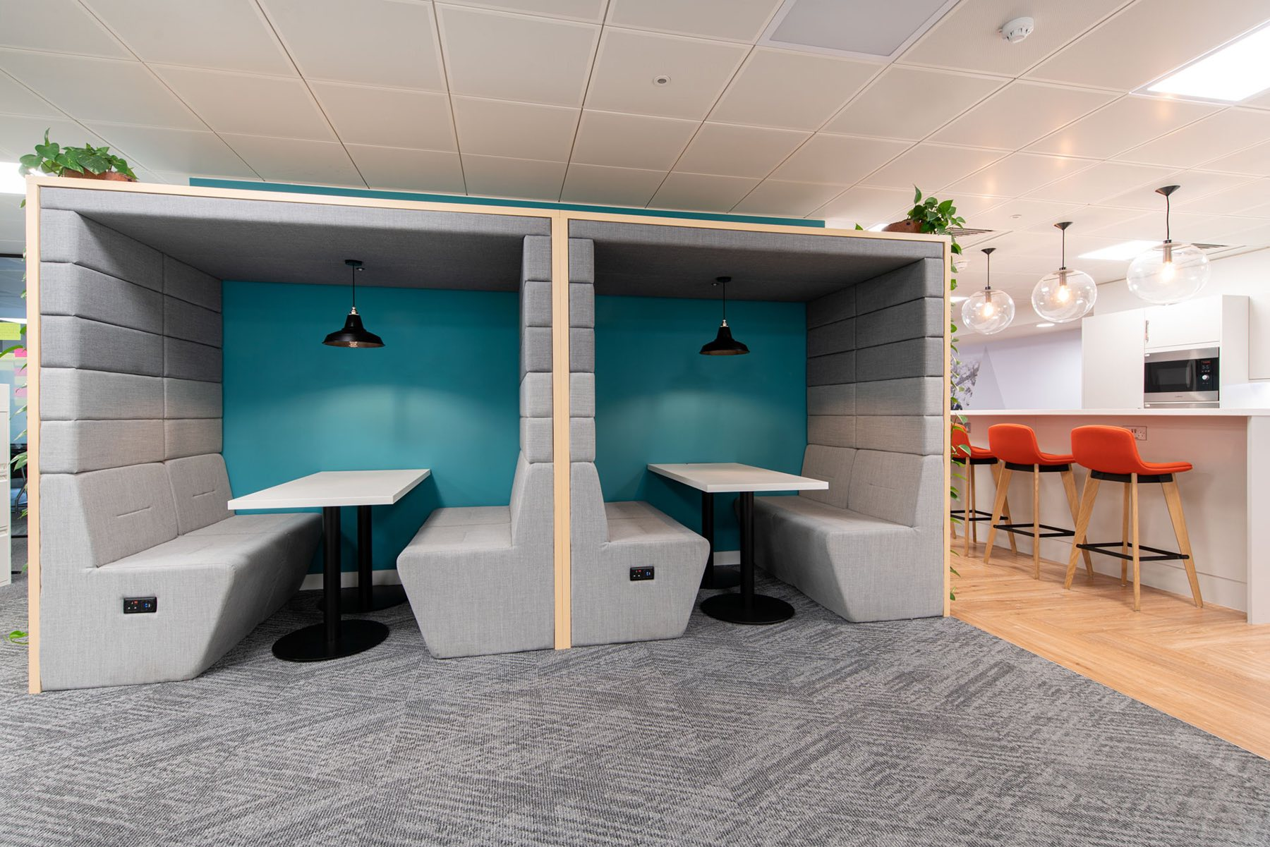 financial-services-london-office-1