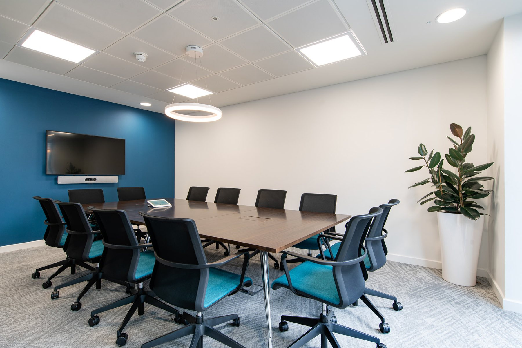 financial-services-london-office-2