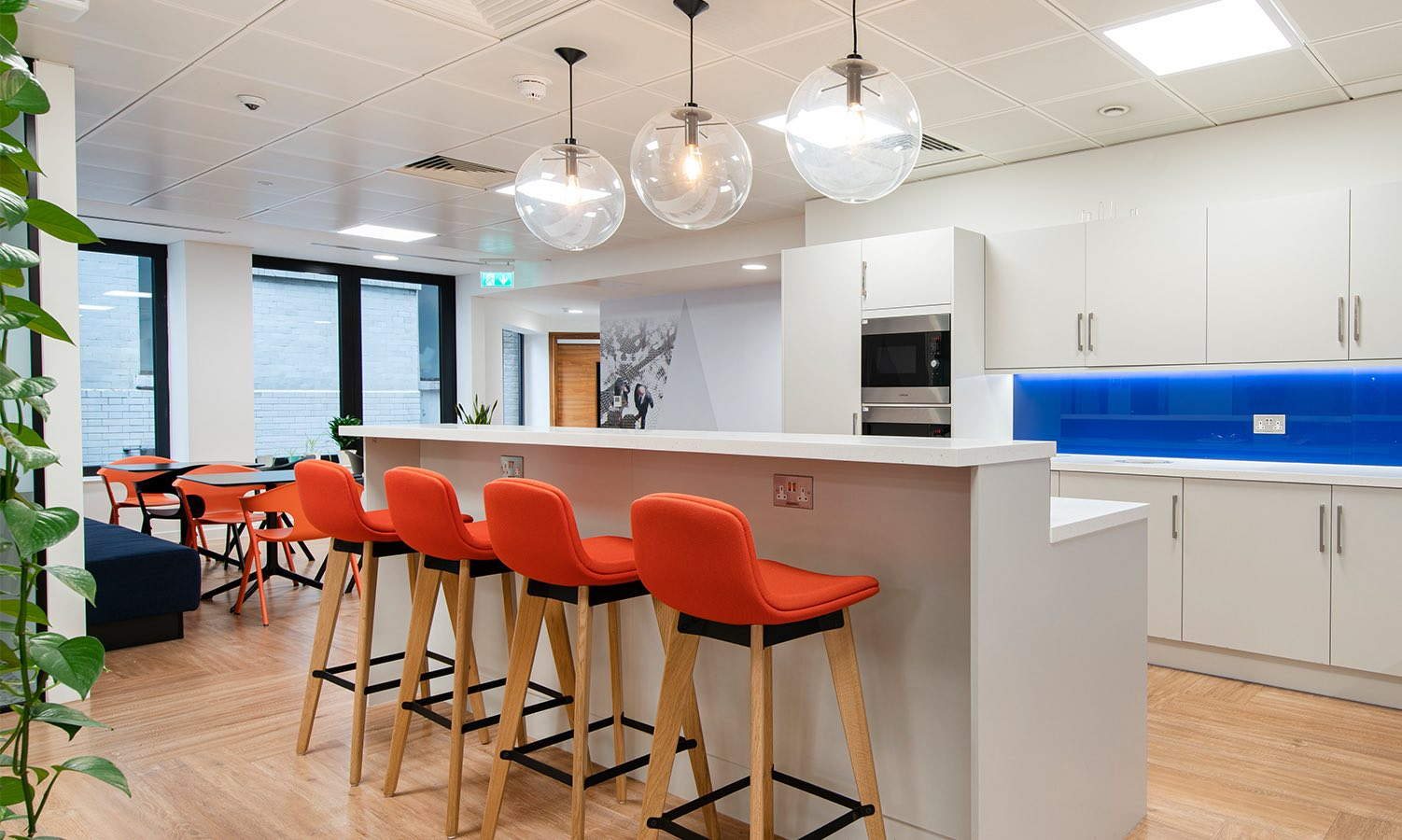financial-services-london-office-4