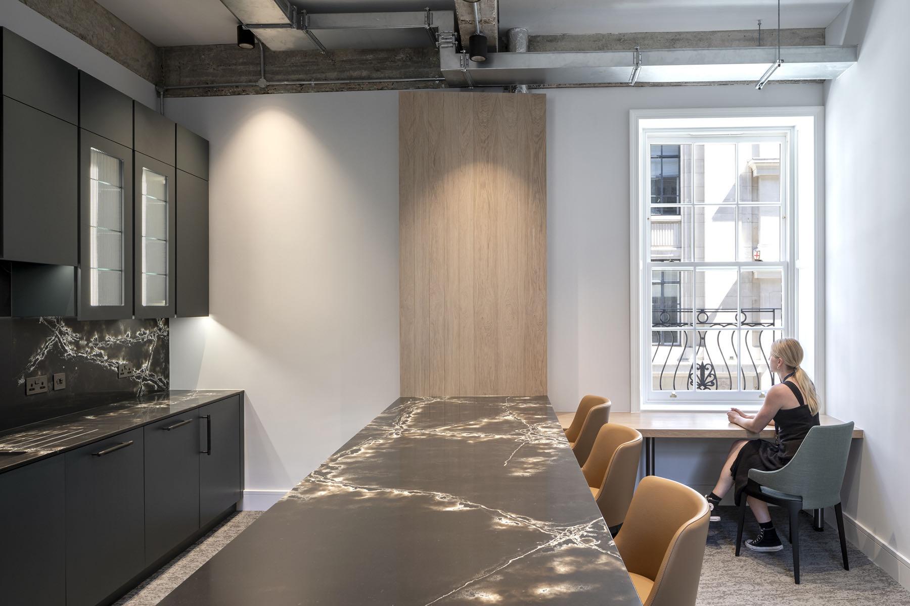 fredericks-place-london-office-12