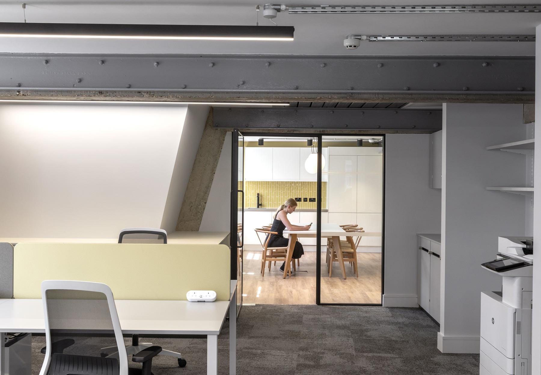 fredericks-place-london-office-14