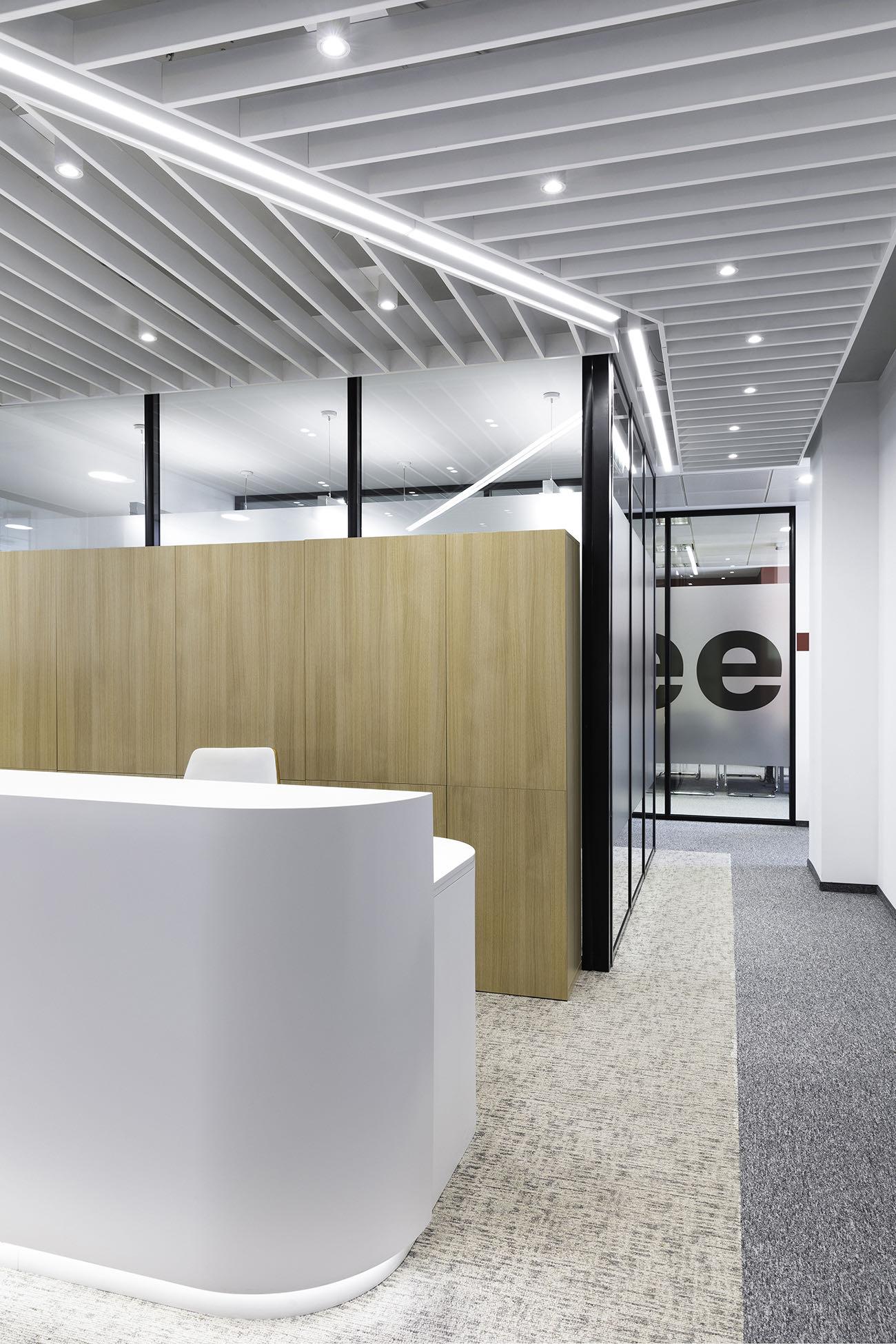 porsche-bg-office-1