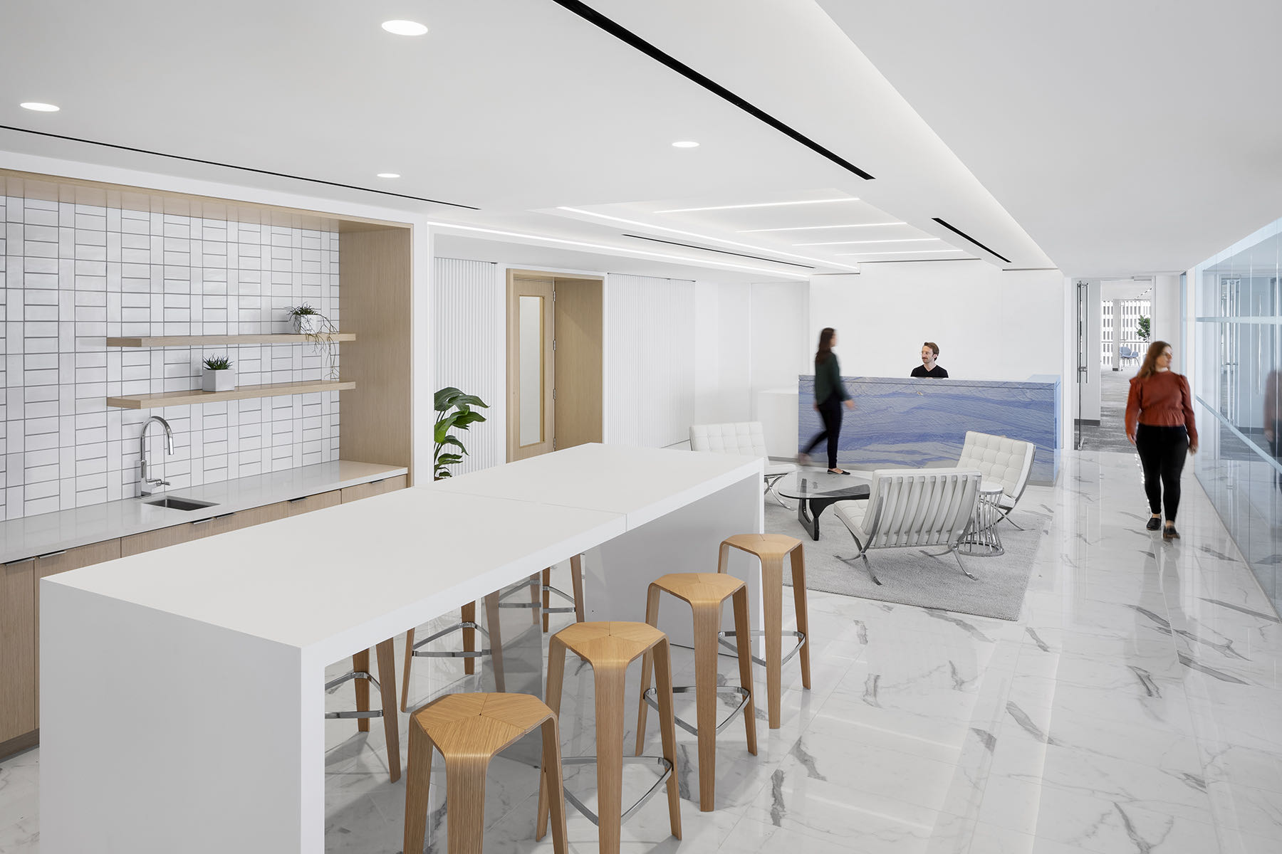 private-financial-services-firm-office-1