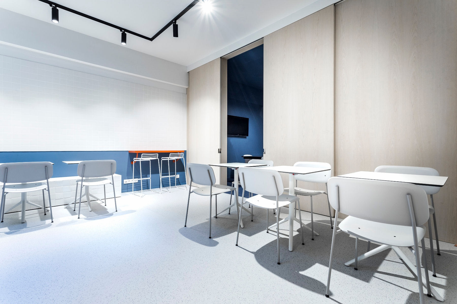 A Look Inside Swim's Minimalist Liège Office