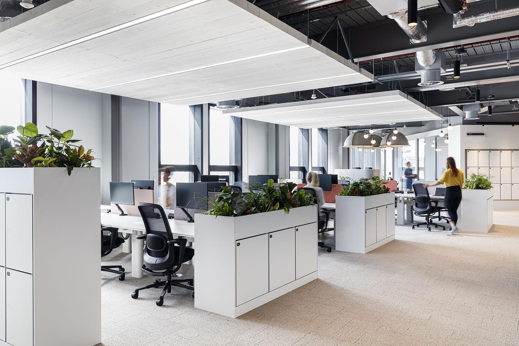 mc-kinsey-office-1