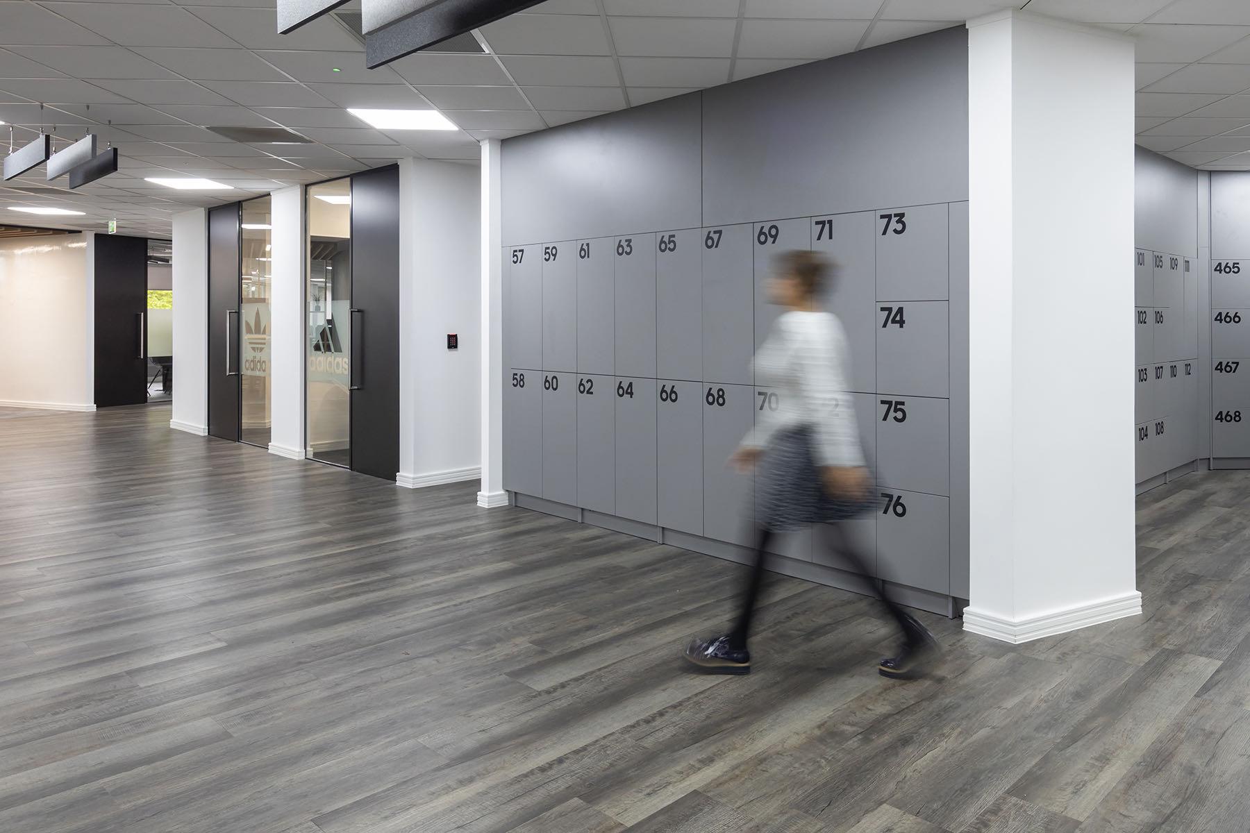 adidas-office-fashion-10