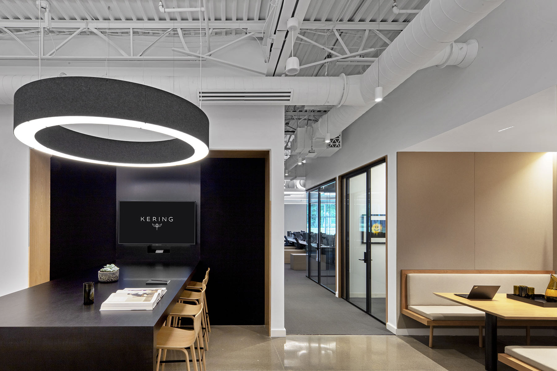 kering-wayne-office-3