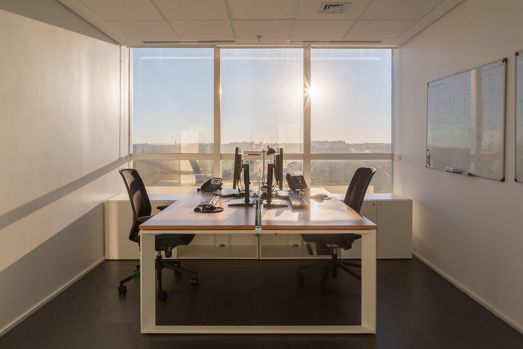 french-development-agency-office-14