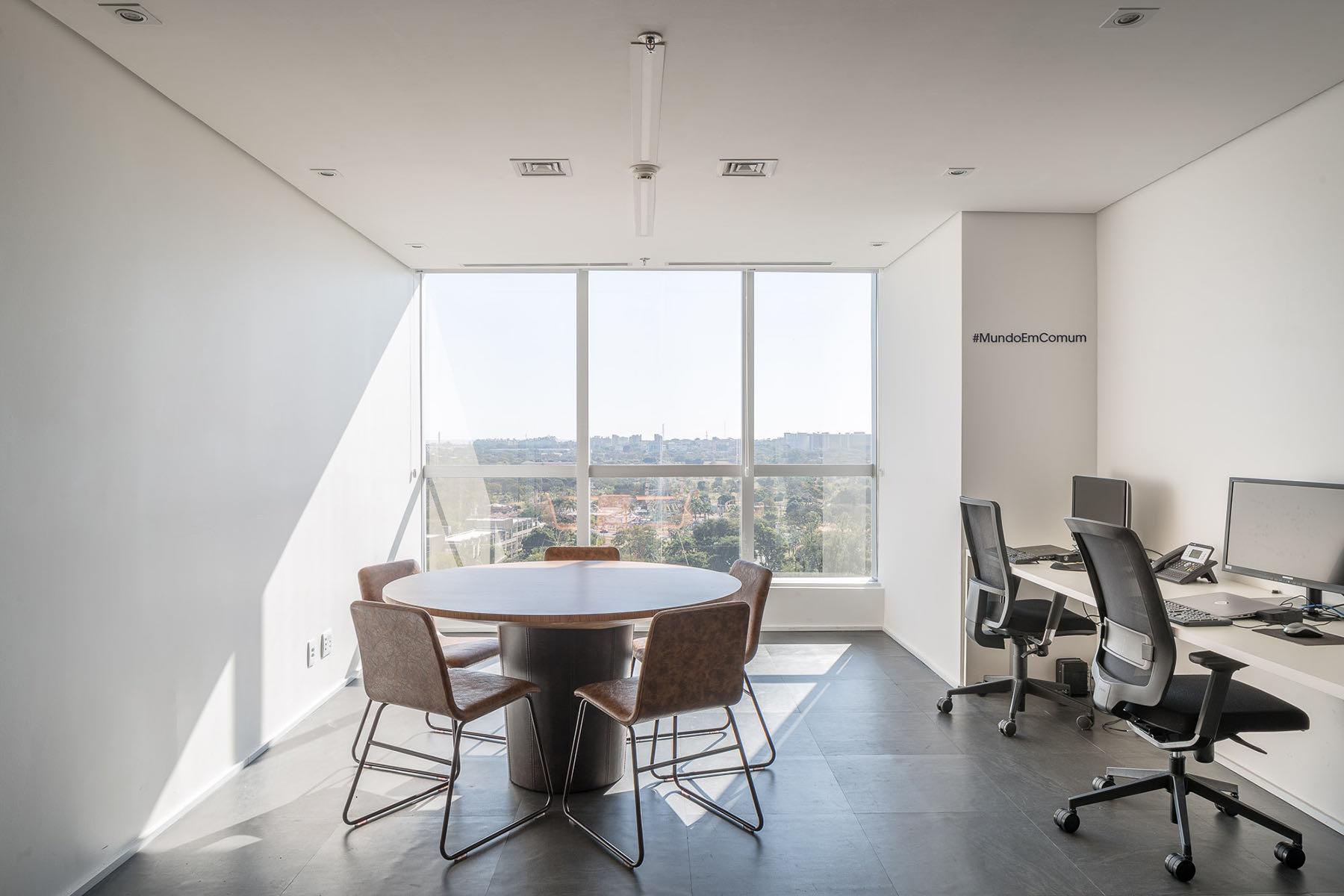 french-development-agency-office-15