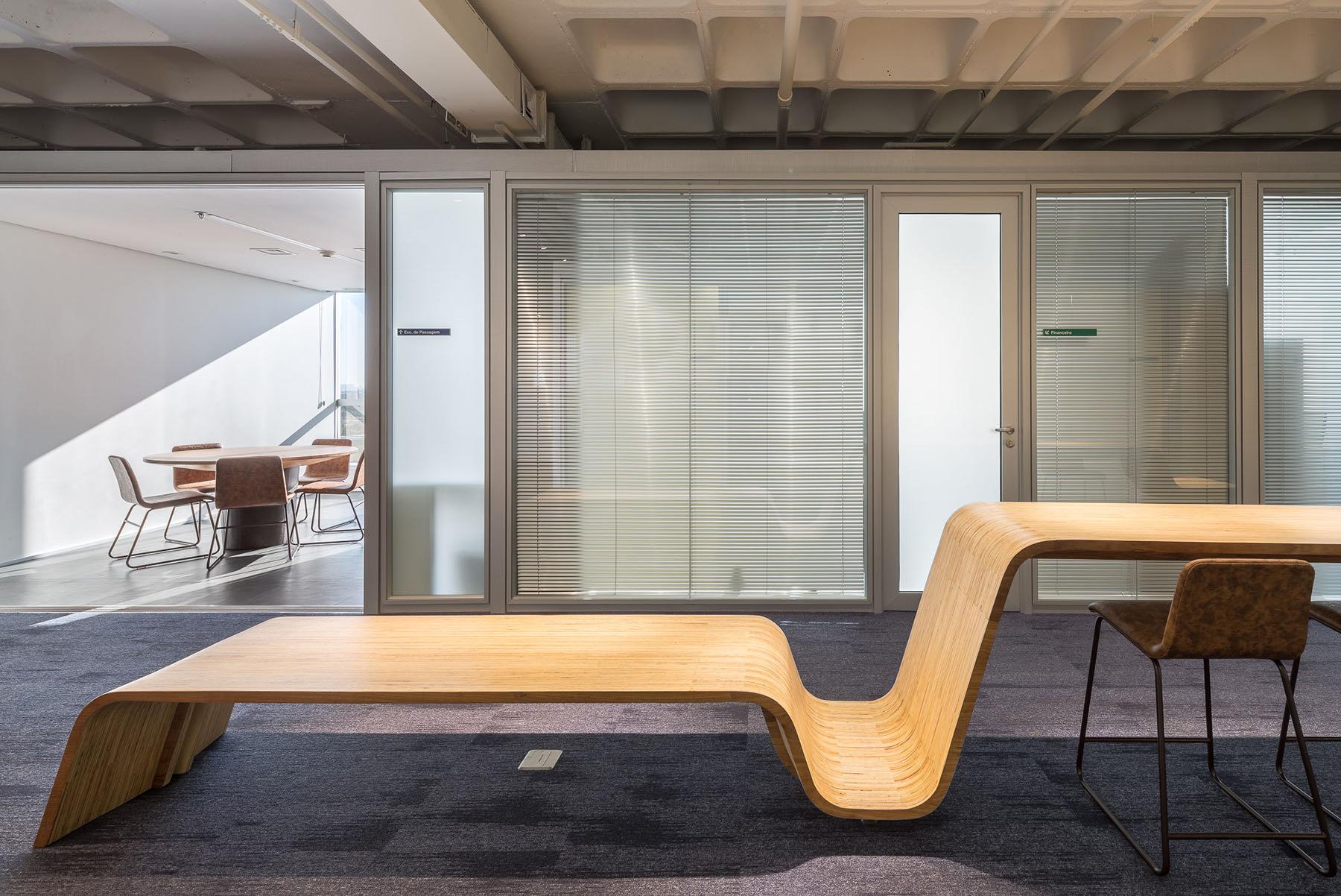 french-development-agency-office-18