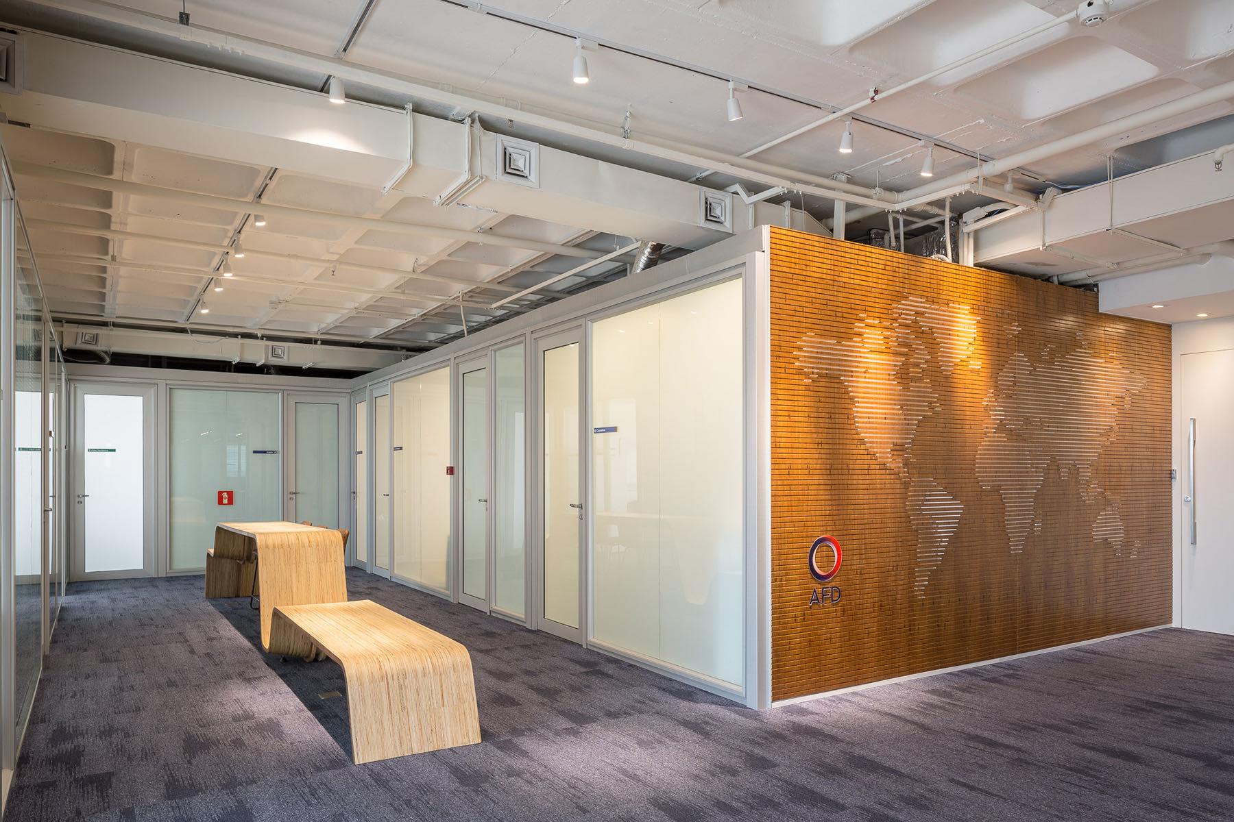 french-development-agency-office-4