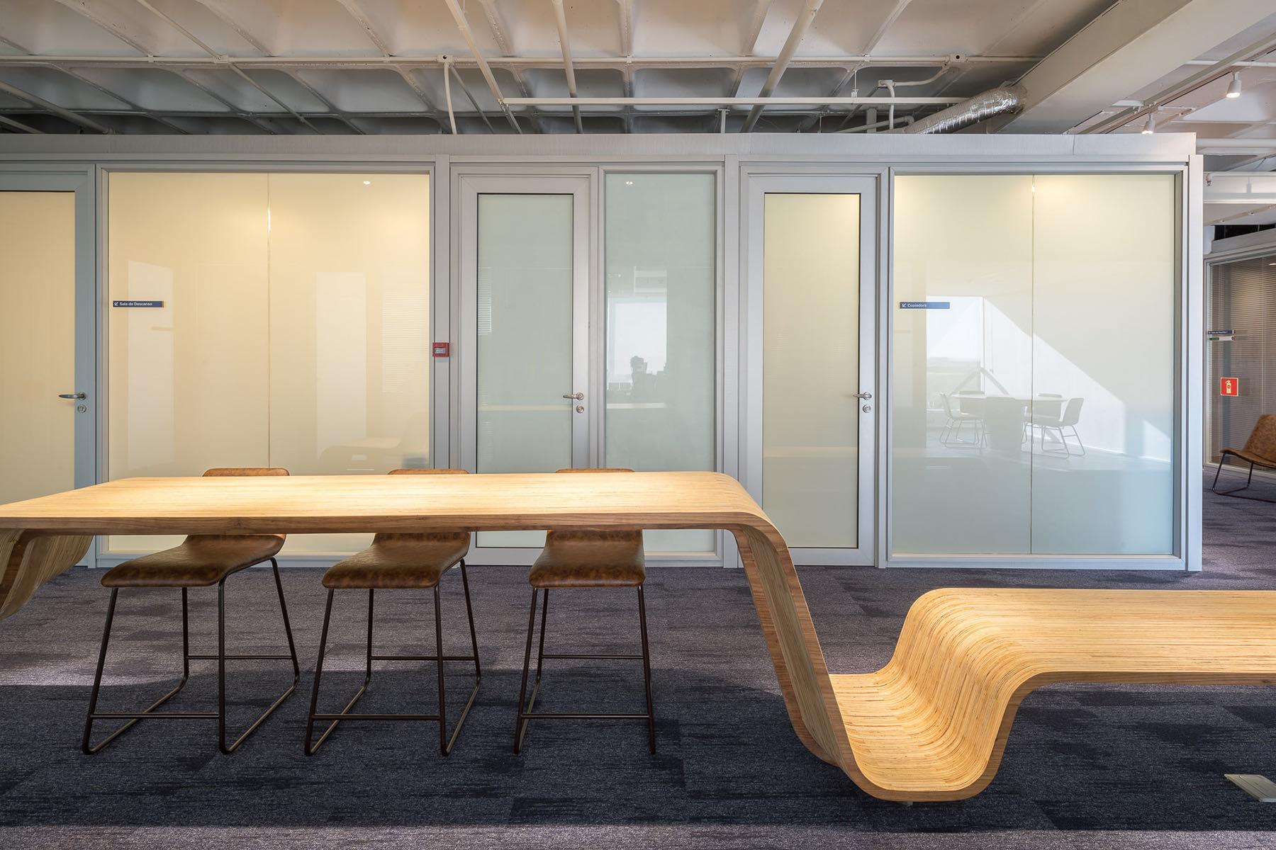 french-development-agency-office-5