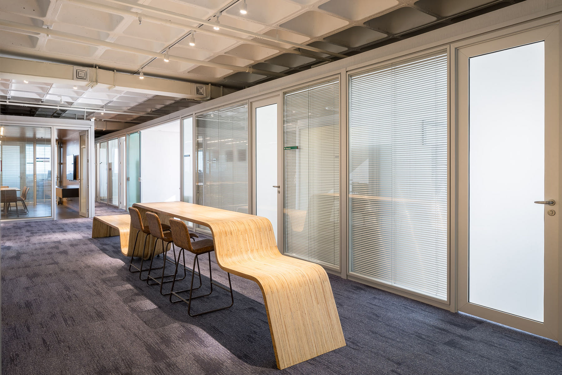 french-development-agency-office-6