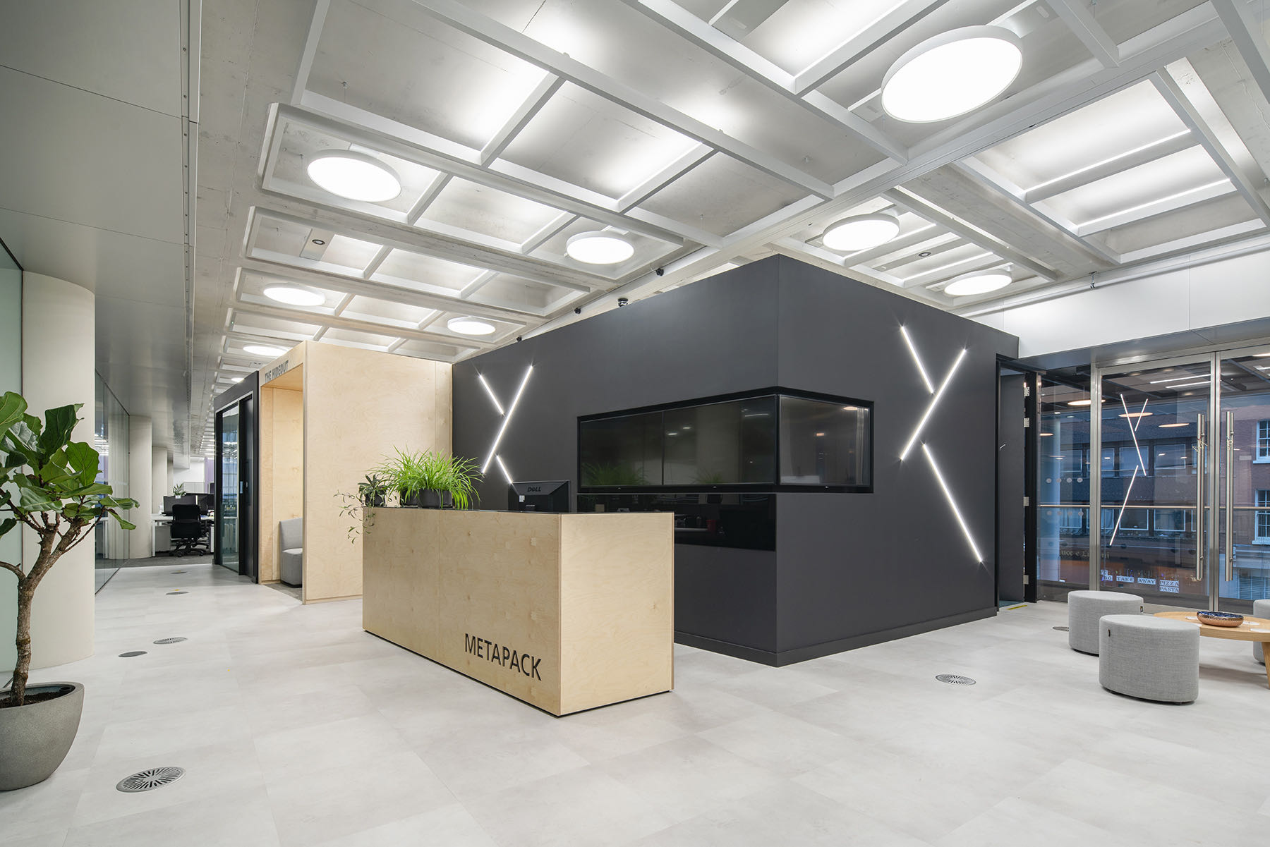 Inside The New Offices of Metapack in London