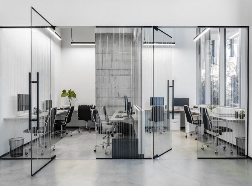 douglas-elliman-office-2