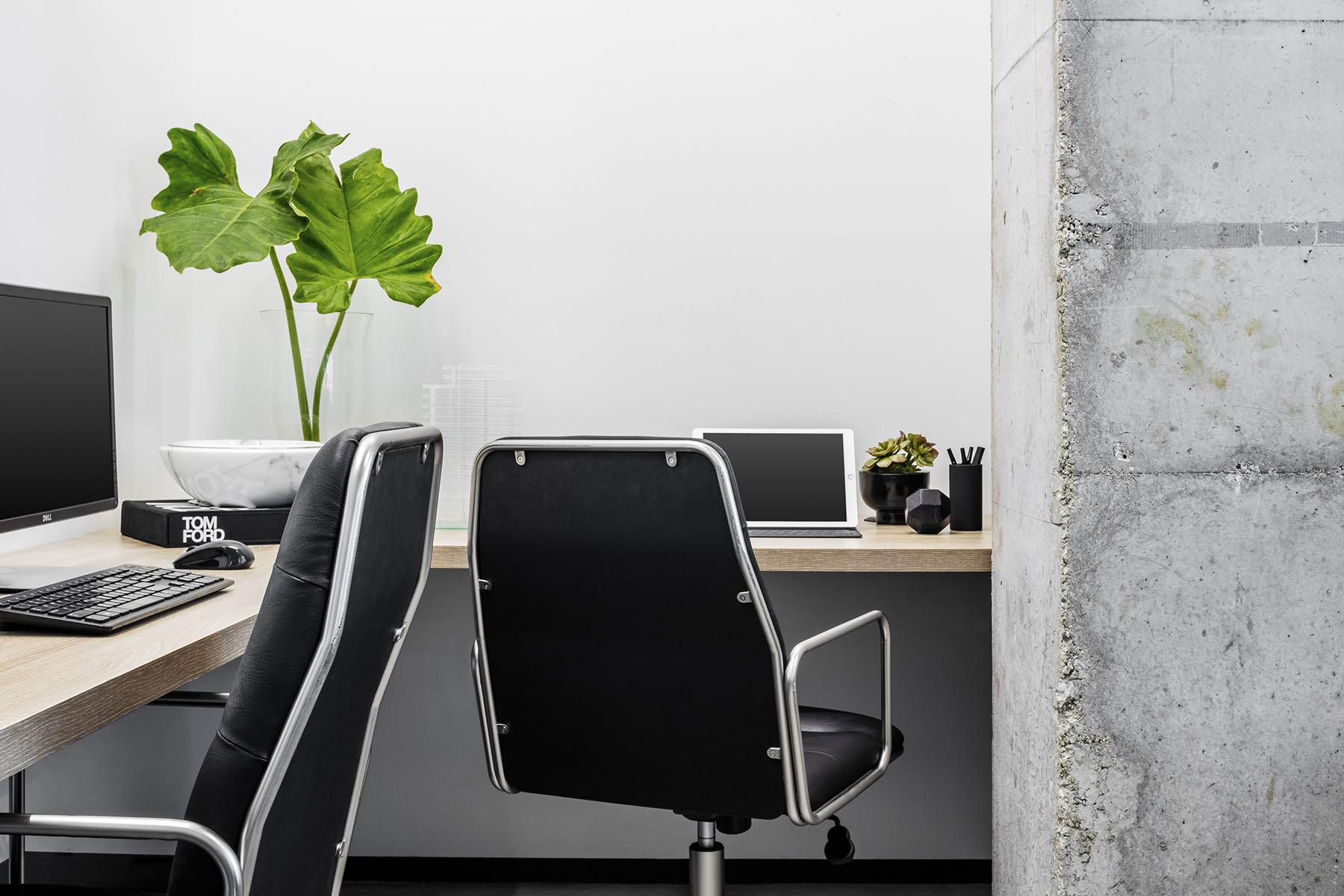 douglas-elliman-office-3