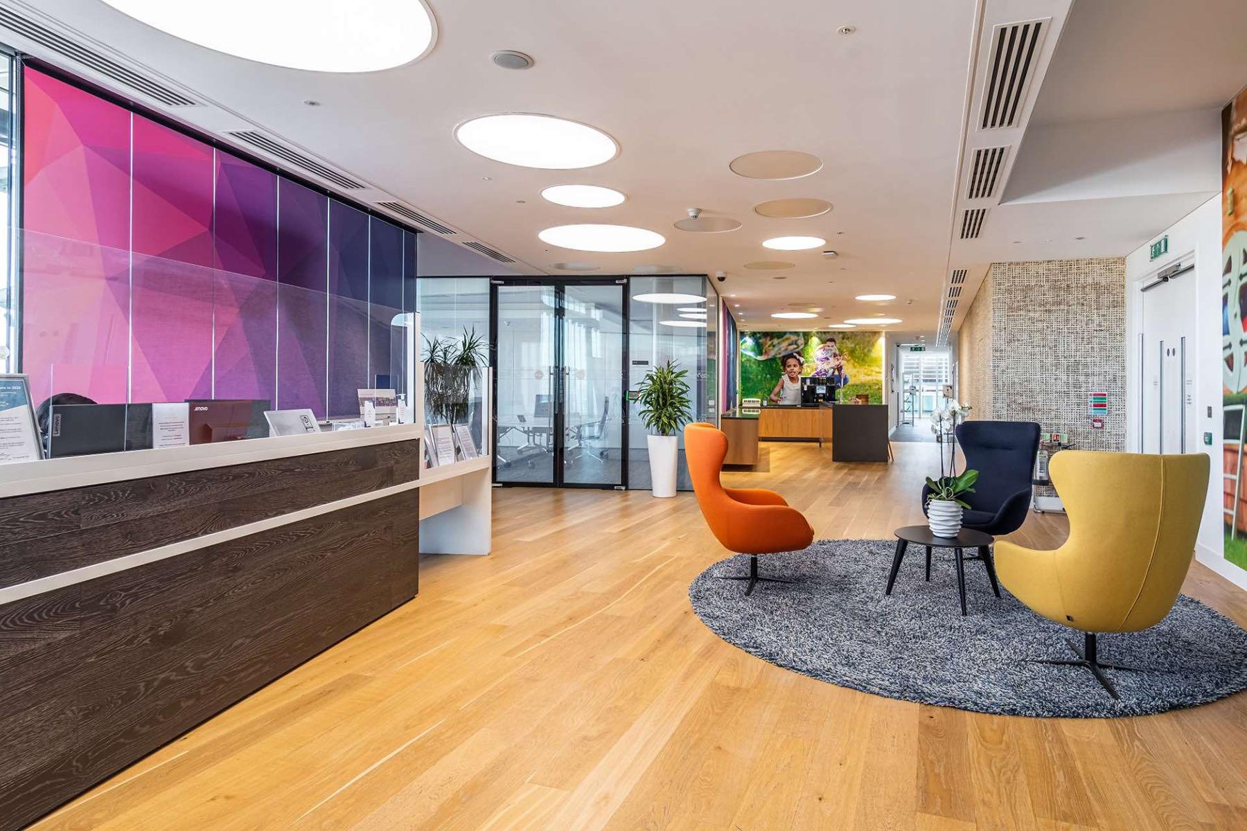 global-pharmateutical-company-office-3