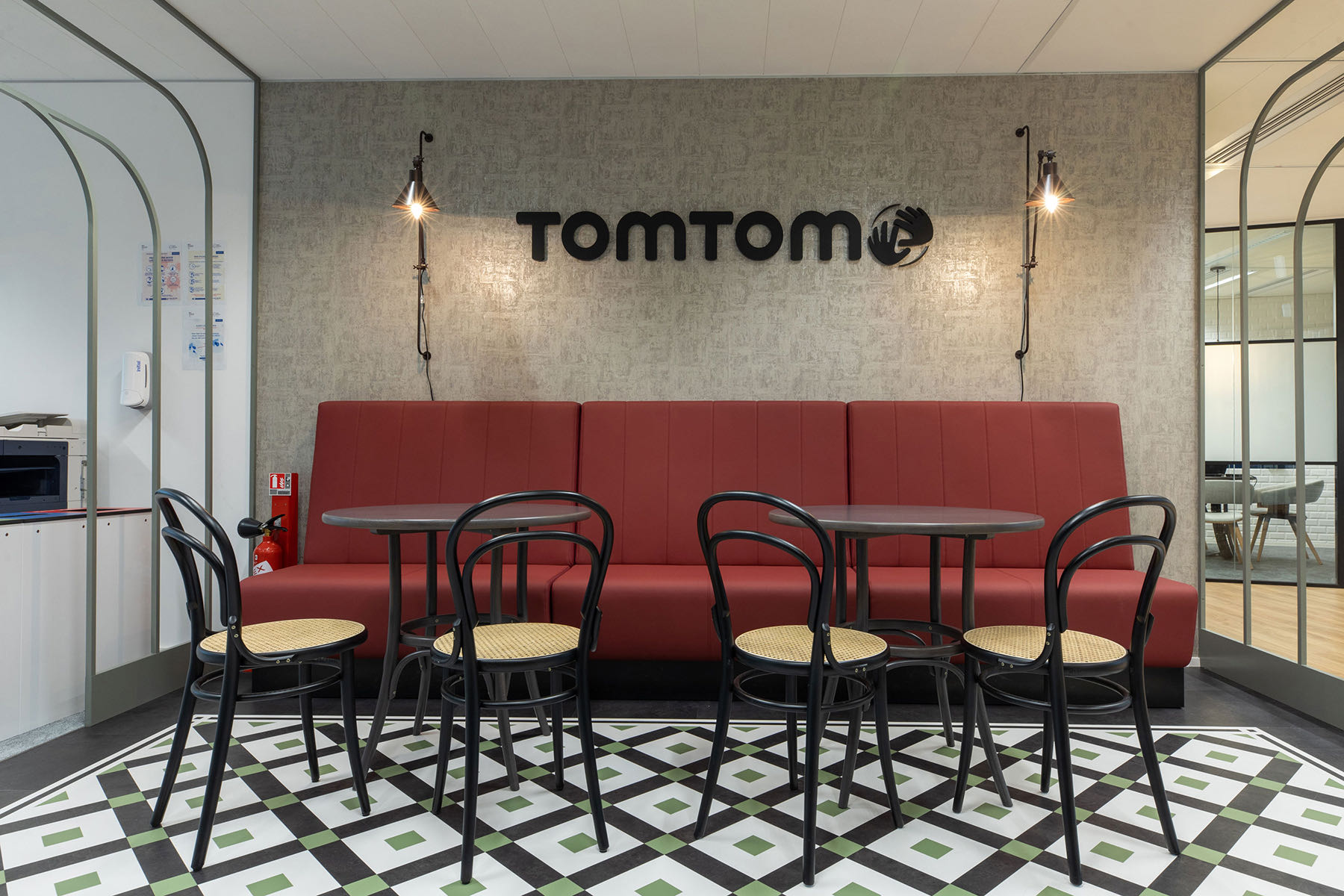 tom-tom-paris-office-2