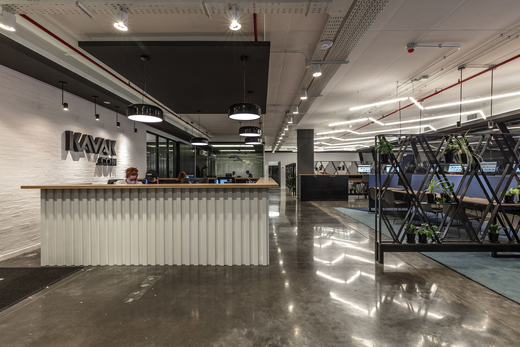 A Look Inside Kavak's New Buenos Aires Office / Hub