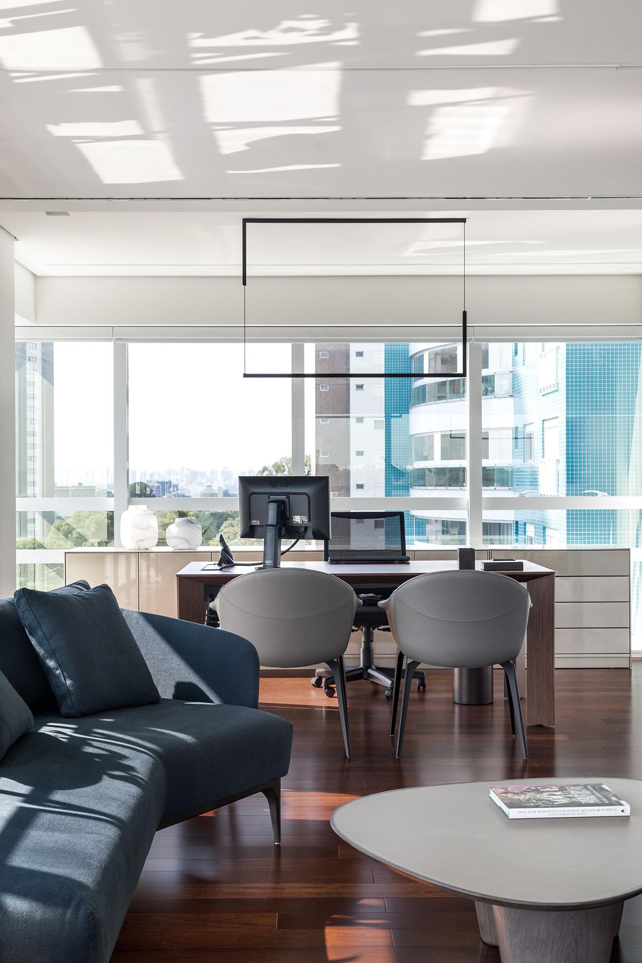 private-digital-company-office-11