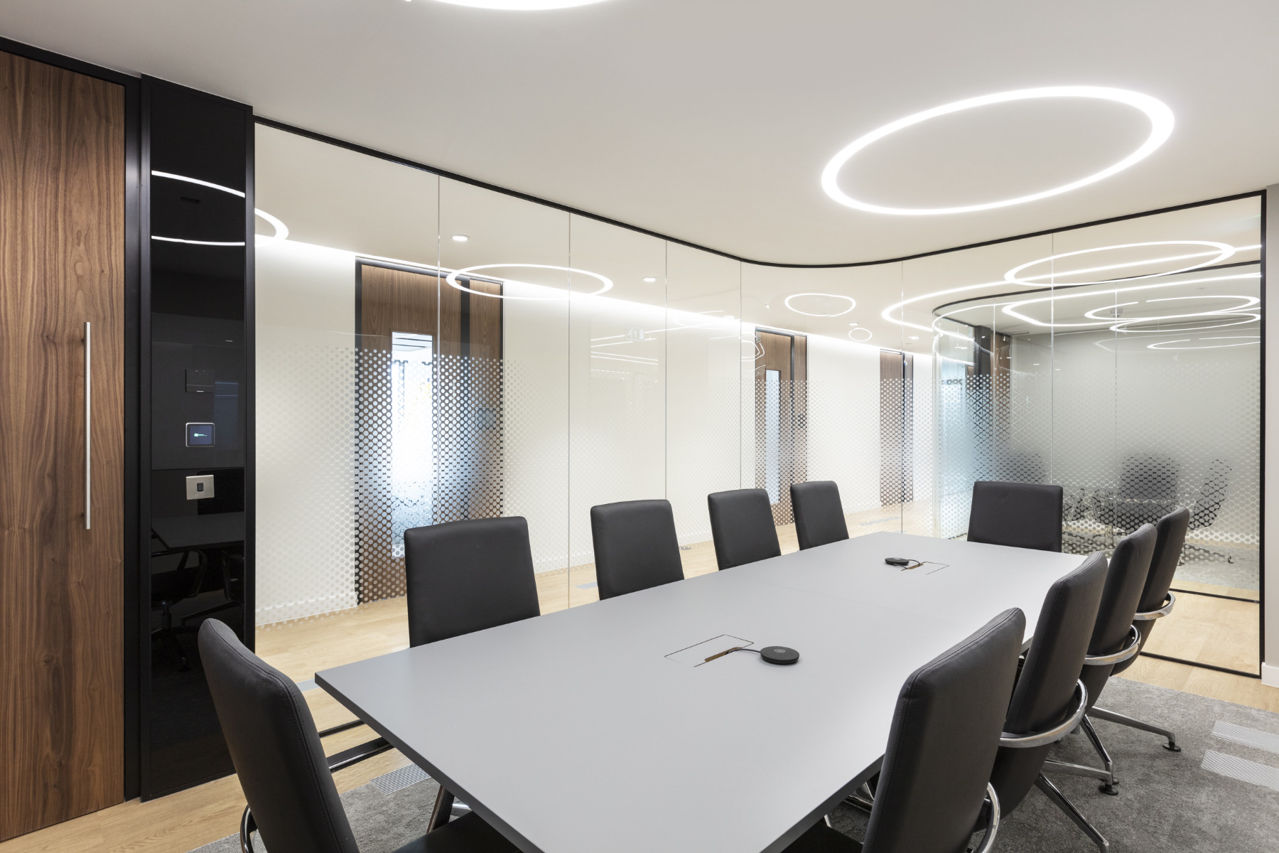 ais-office-london-12