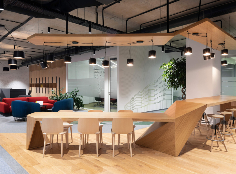 garitage-investment-office-8