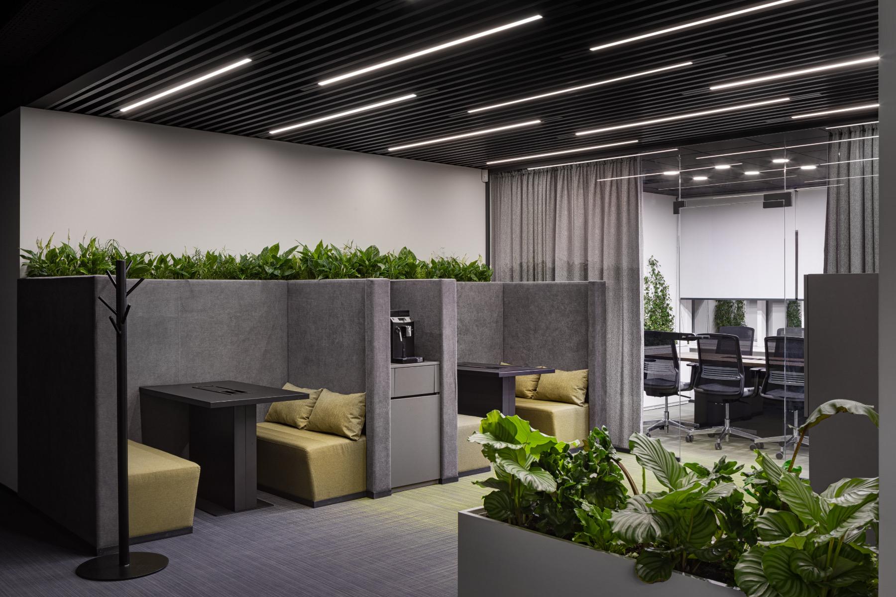 privat-bank-kyiv-office-26