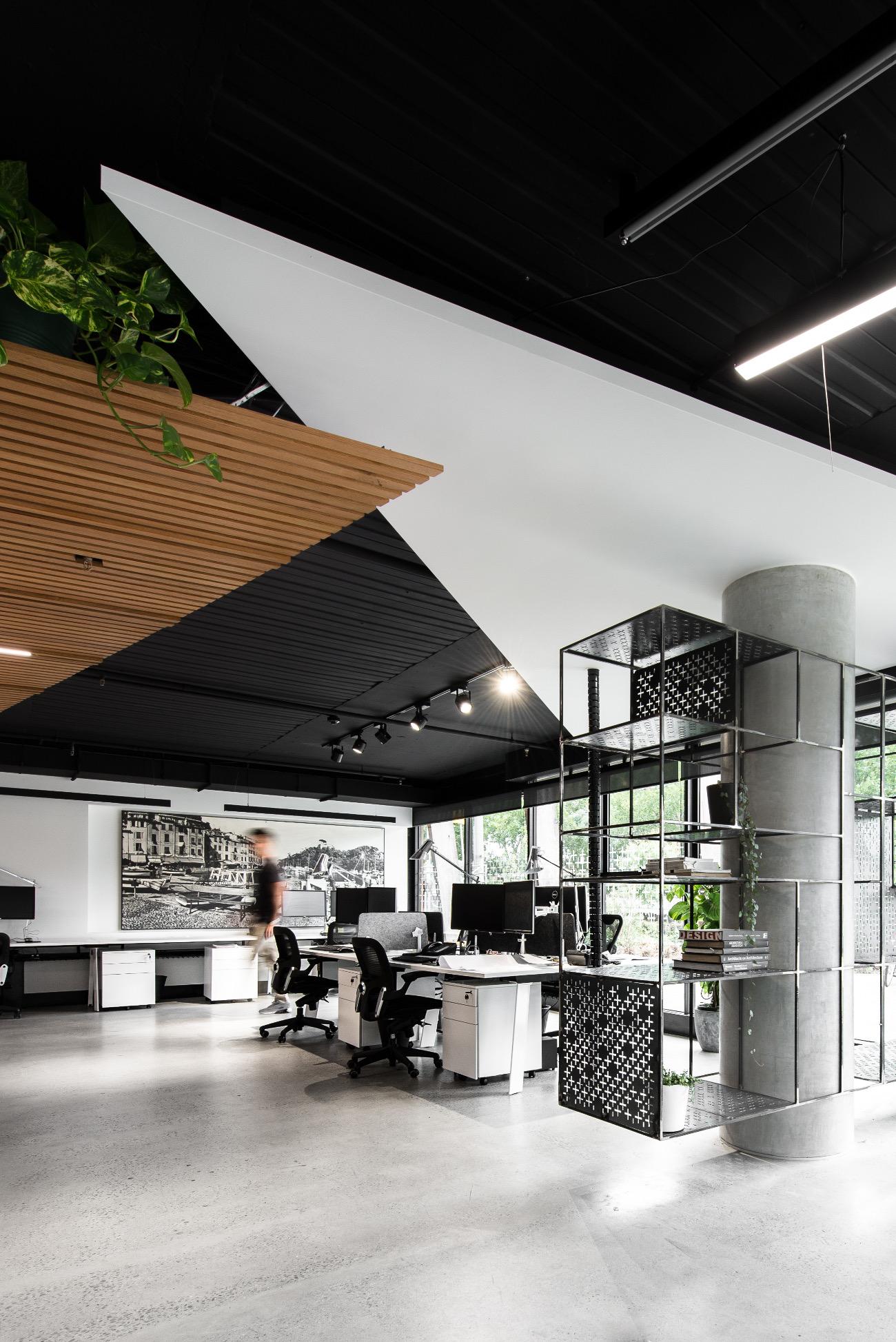 sgks-studio-office-1
