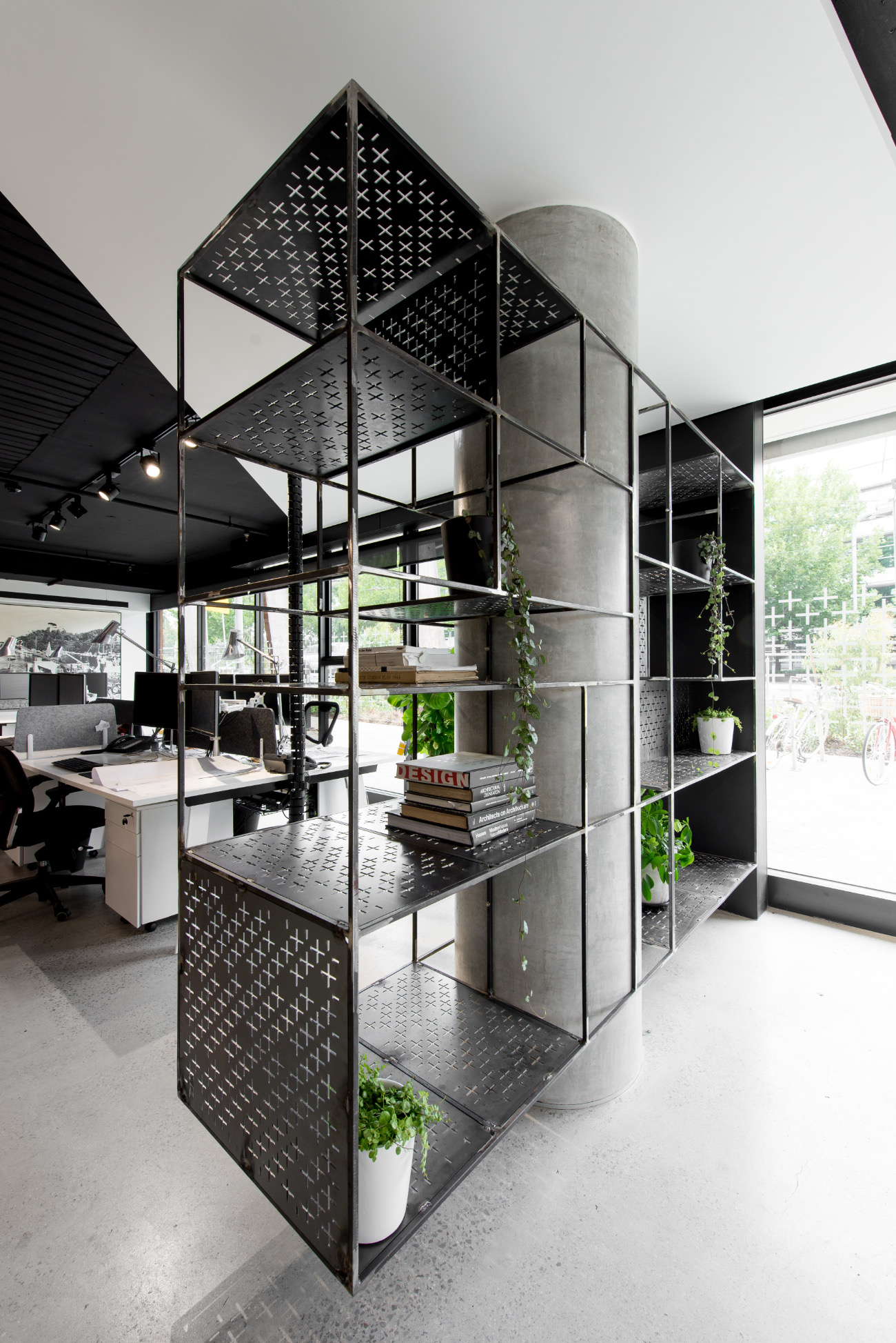 sgks-studio-office-3