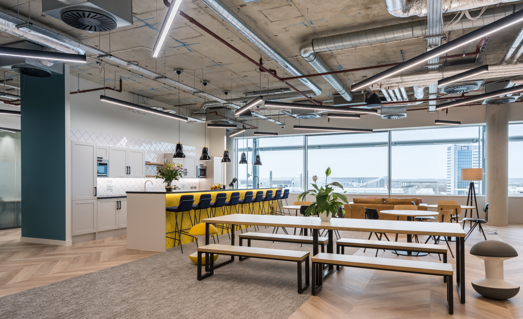 venture-x-london-coworking-space-2
