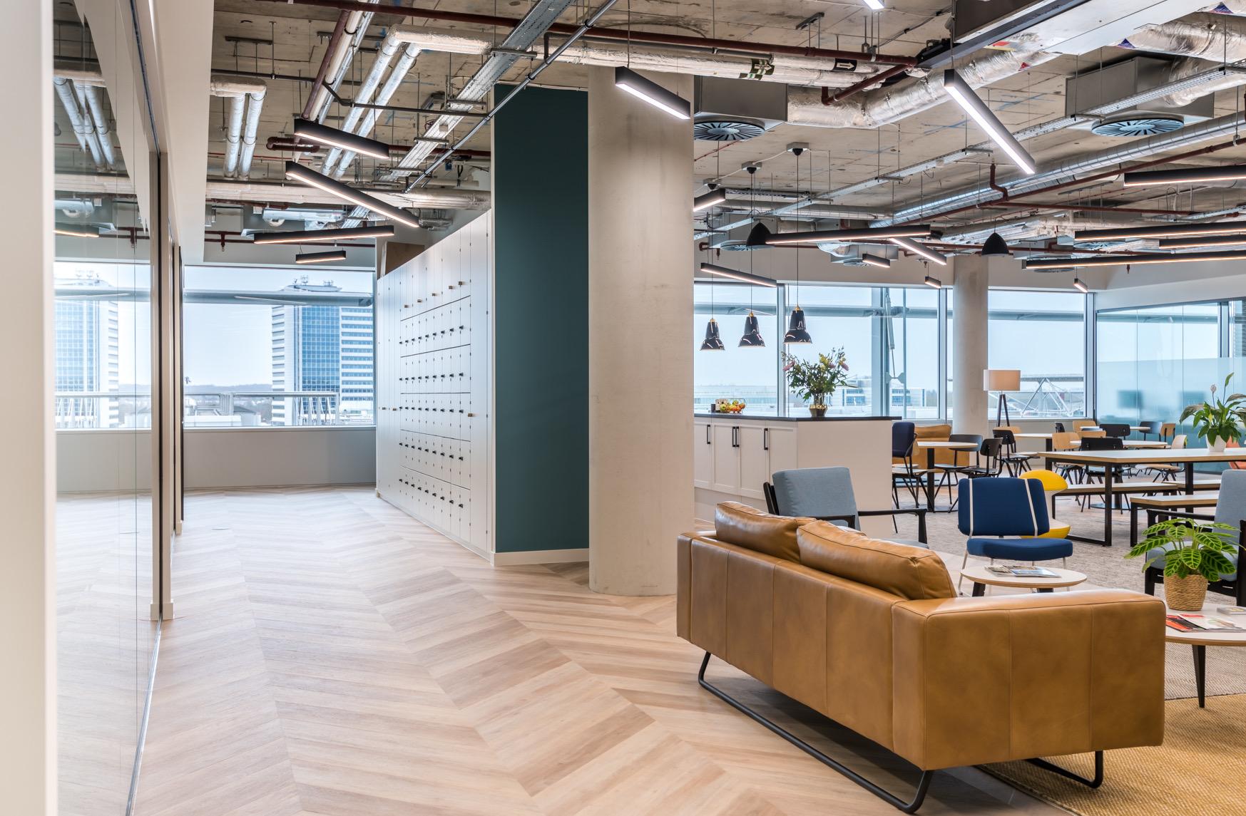 venture-x-london-coworking-space-6