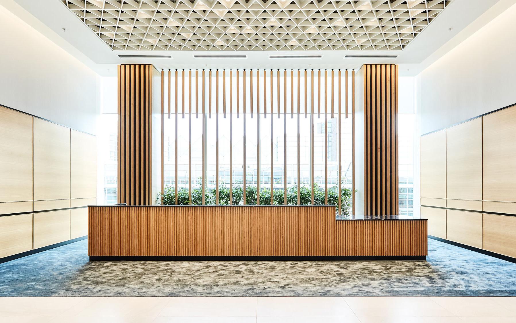 financial-servises-office-london-1