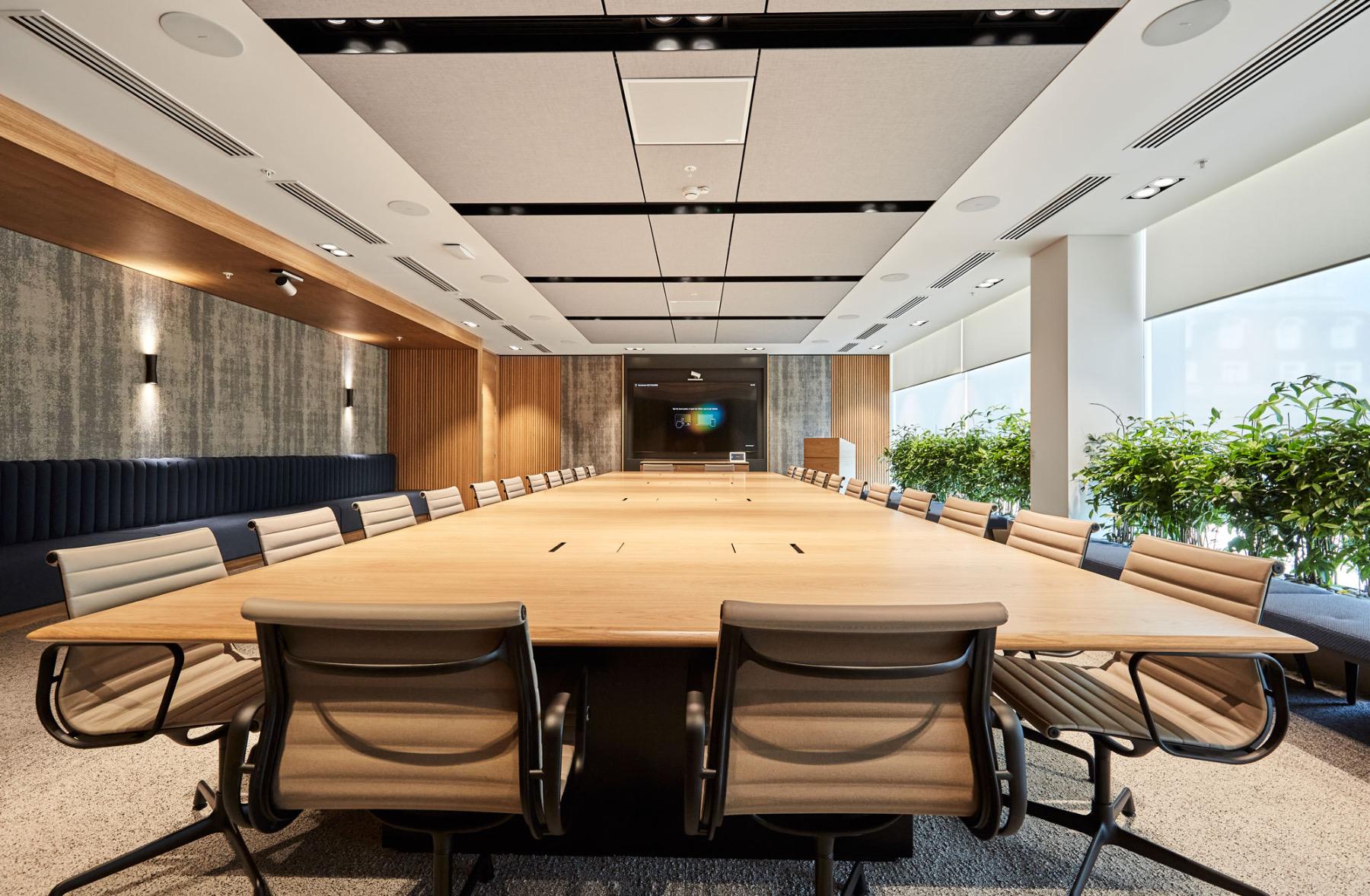 financial-servises-office-london-2