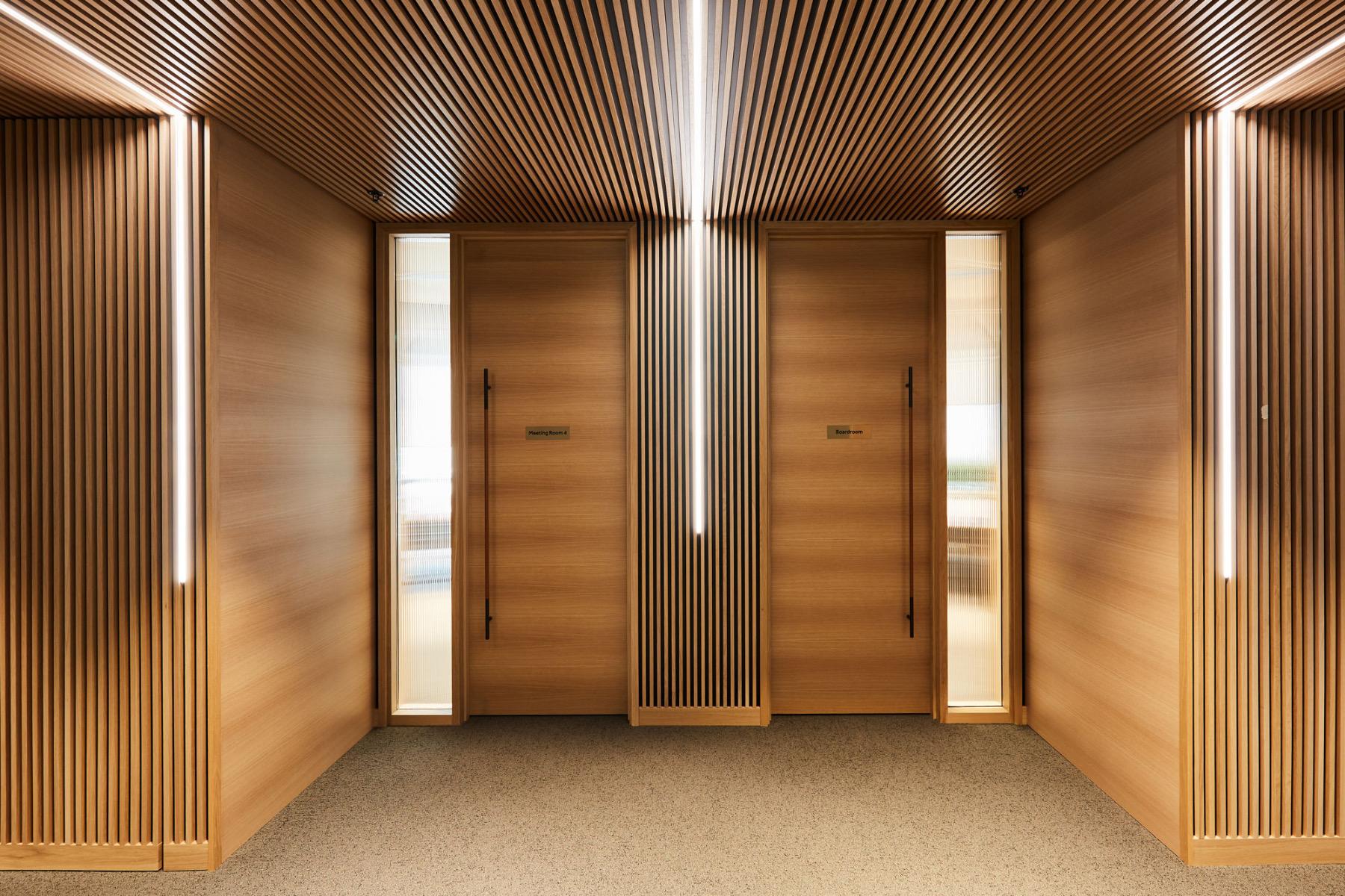 financial-servises-office-london-3