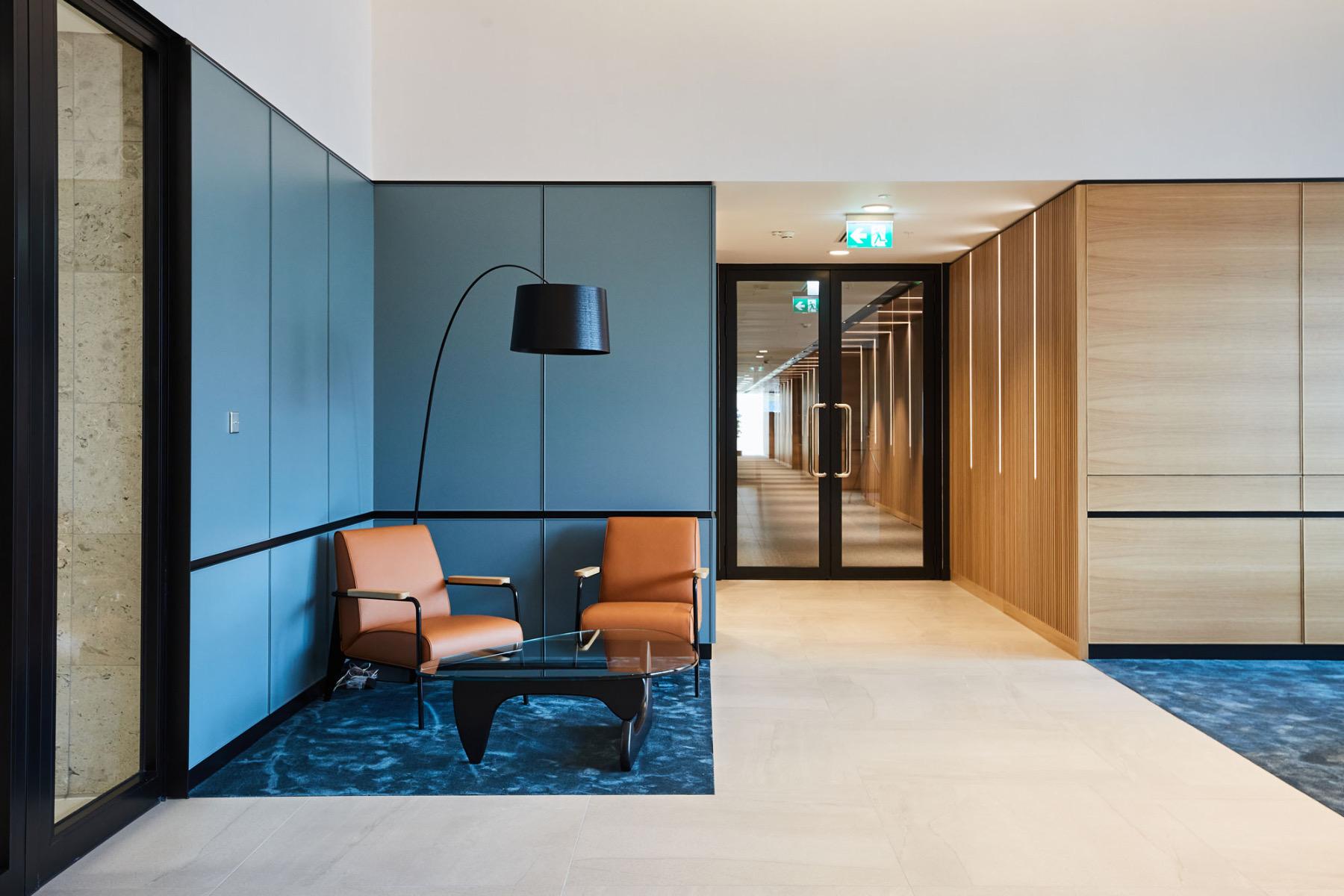 financial-servises-office-london-4