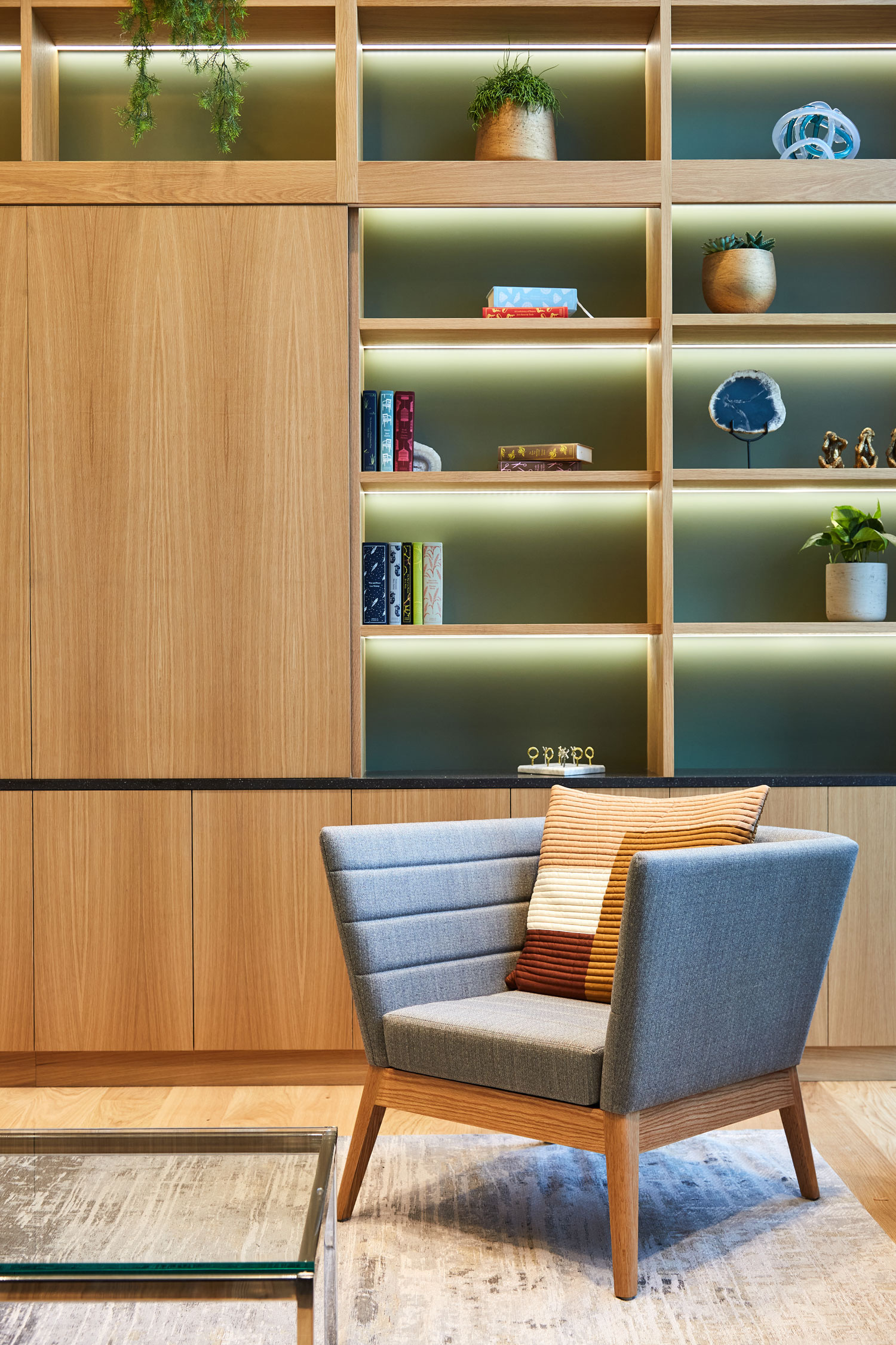 financial-servises-office-london-6