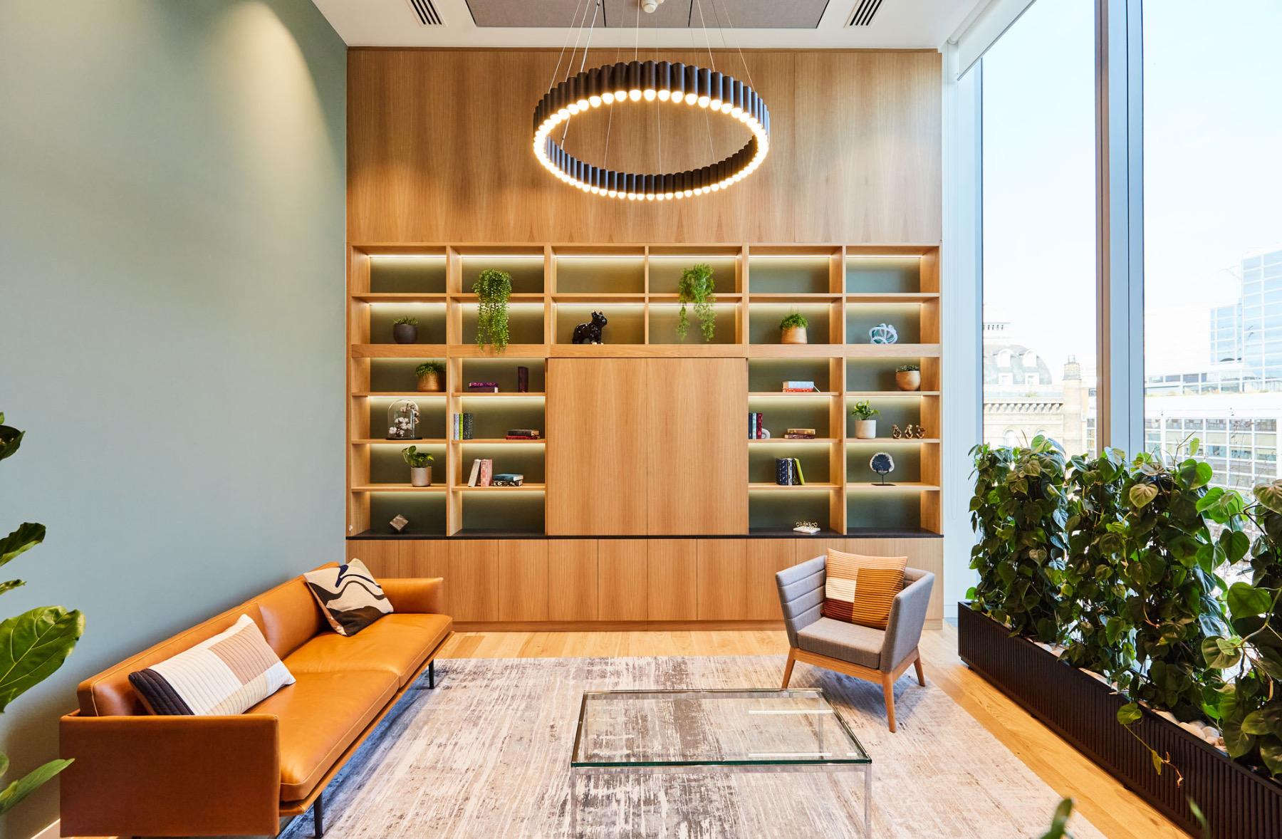 financial-servises-office-london-8
